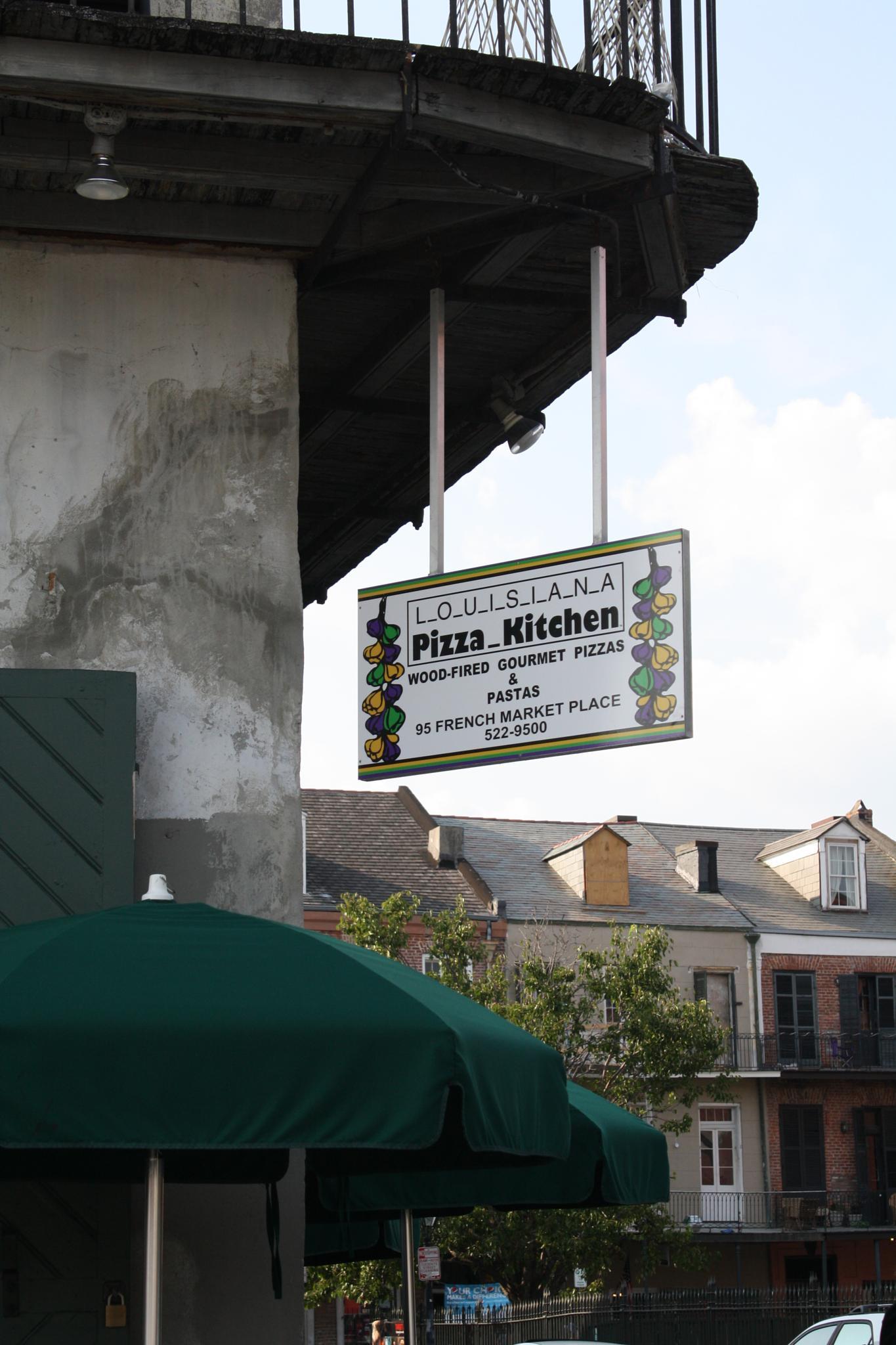 Louisiana Pizza Kitchen in New Orleans by jbakerpharmd