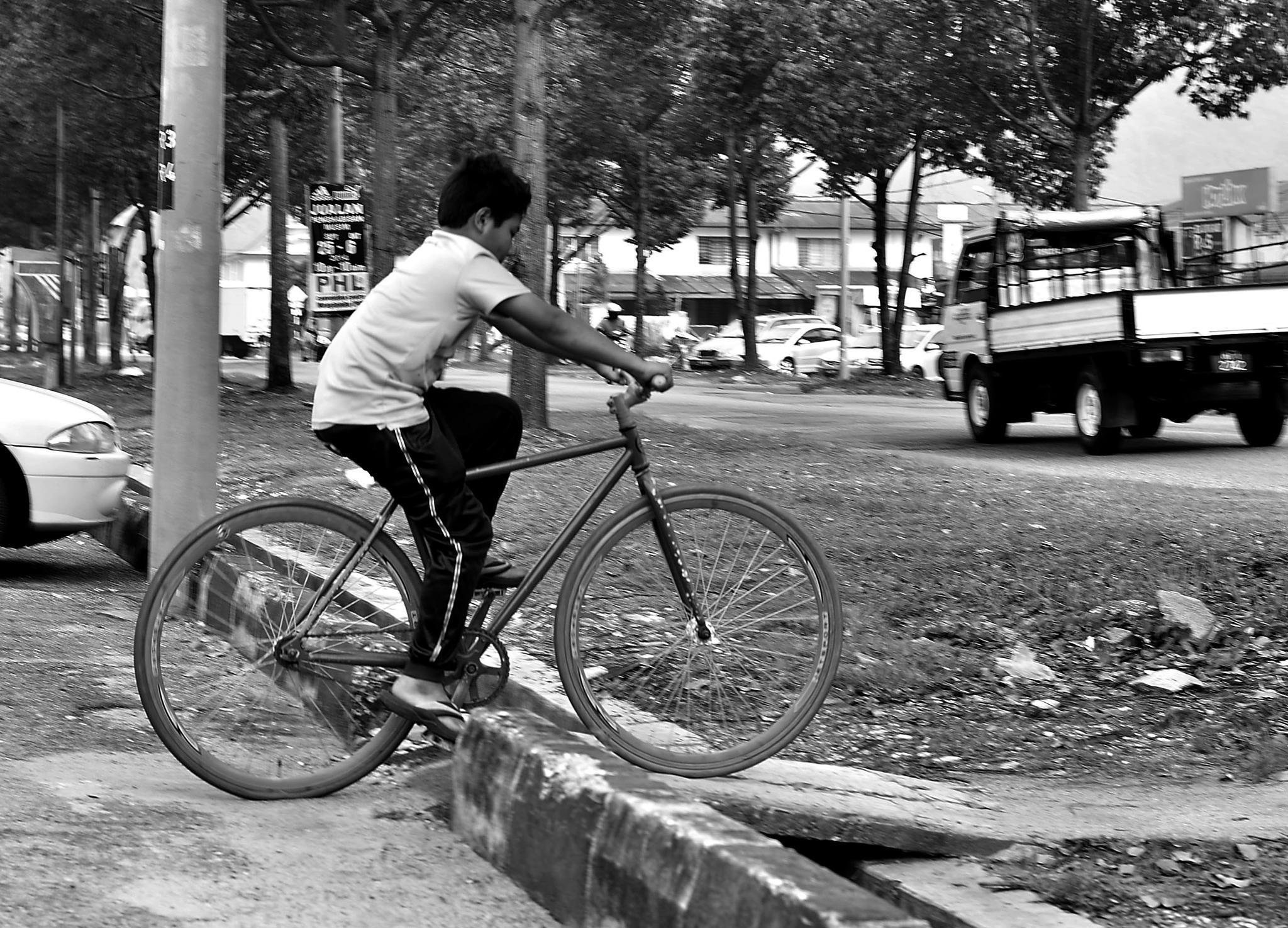 Childeran in The Urban World by Anakbentayanmuo