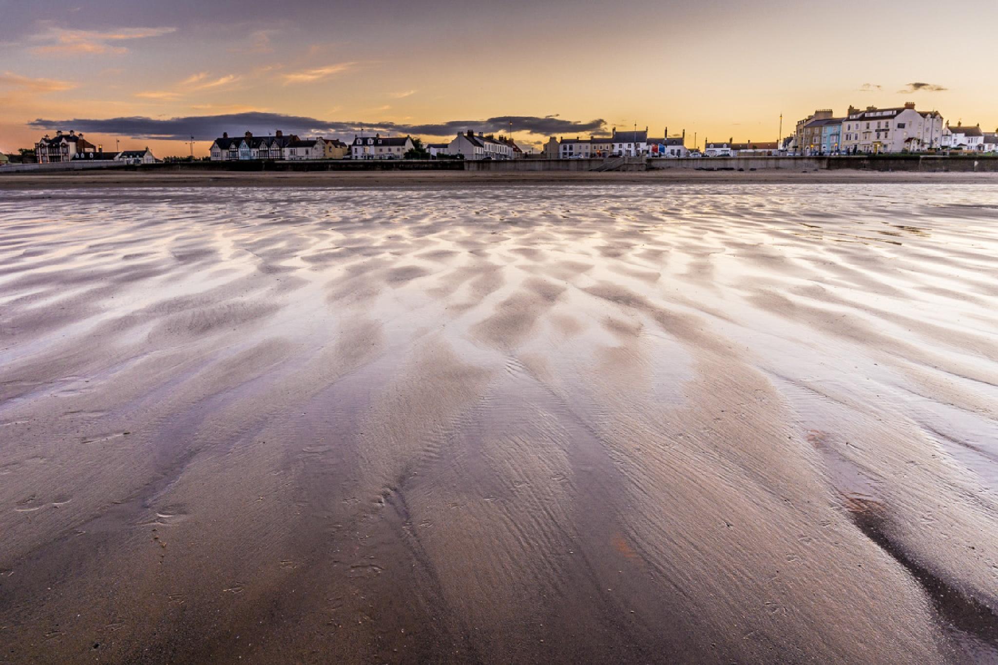 Seaton beach front at dusk. by NatureGirl