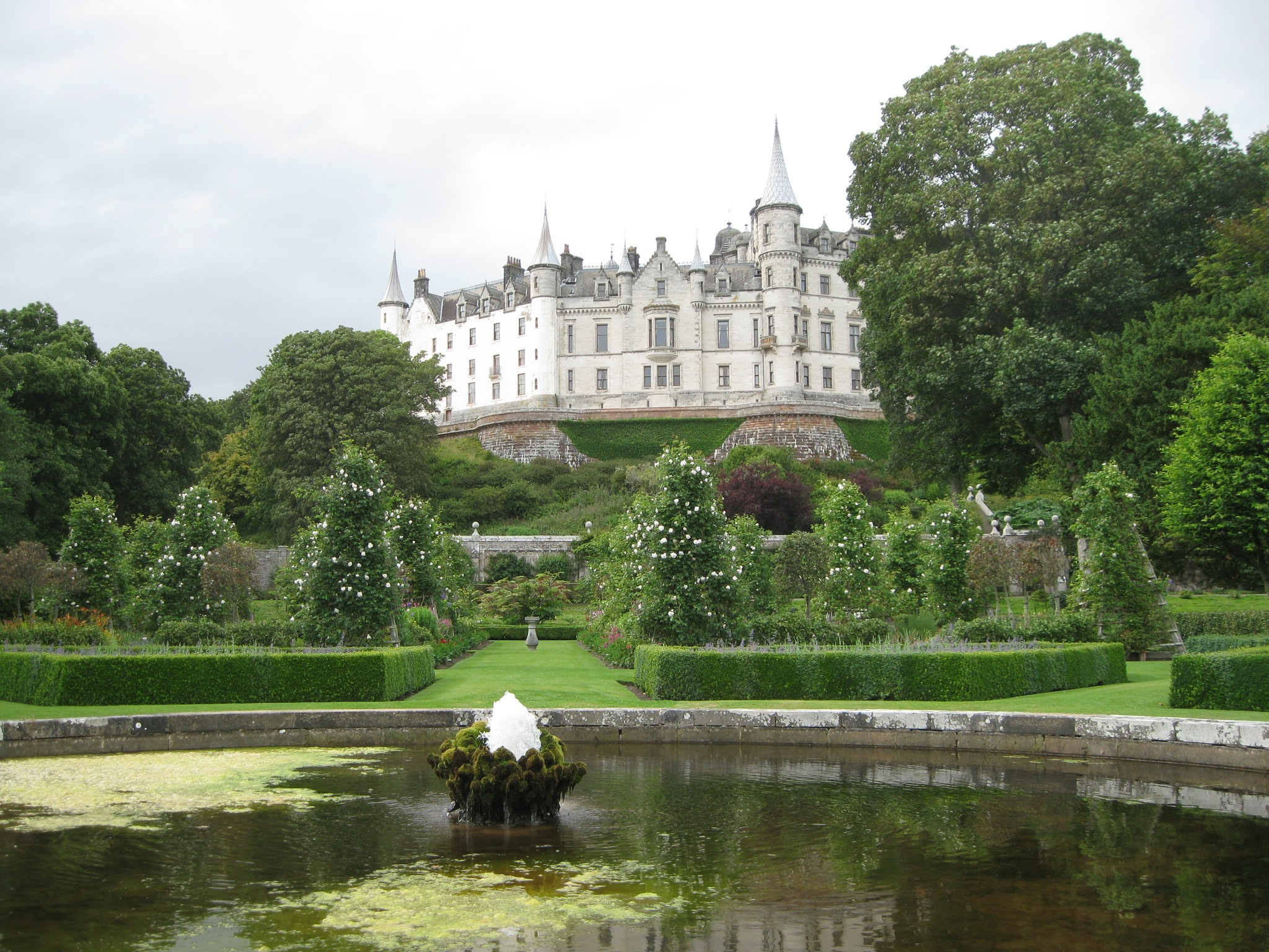 dunrobin castle by kenneth campbell