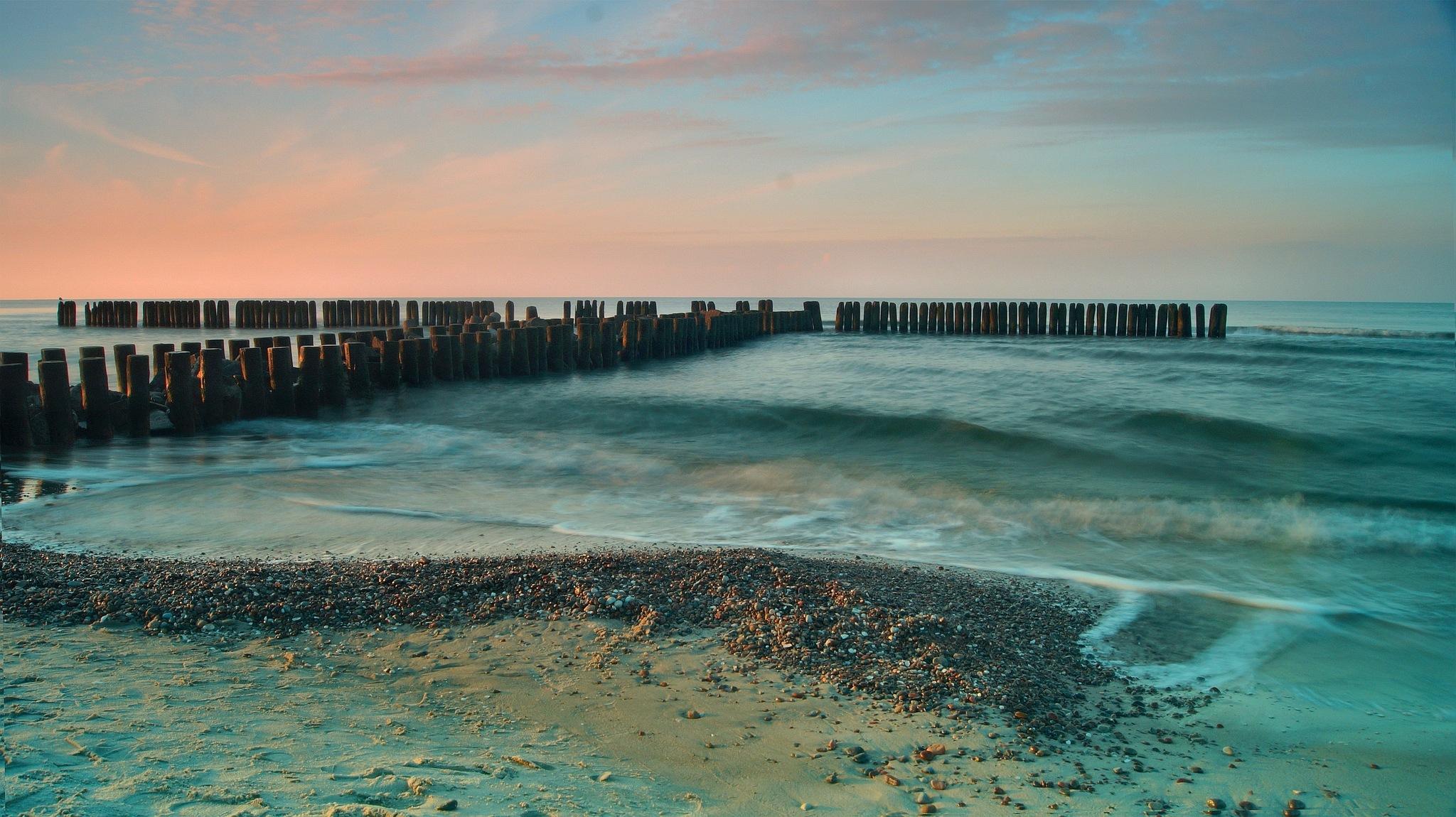 baltic sea by janeczek