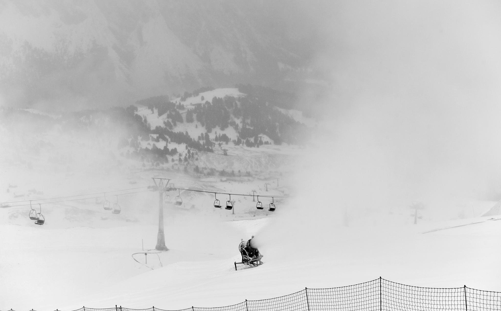snowmaker by maurizio senoner