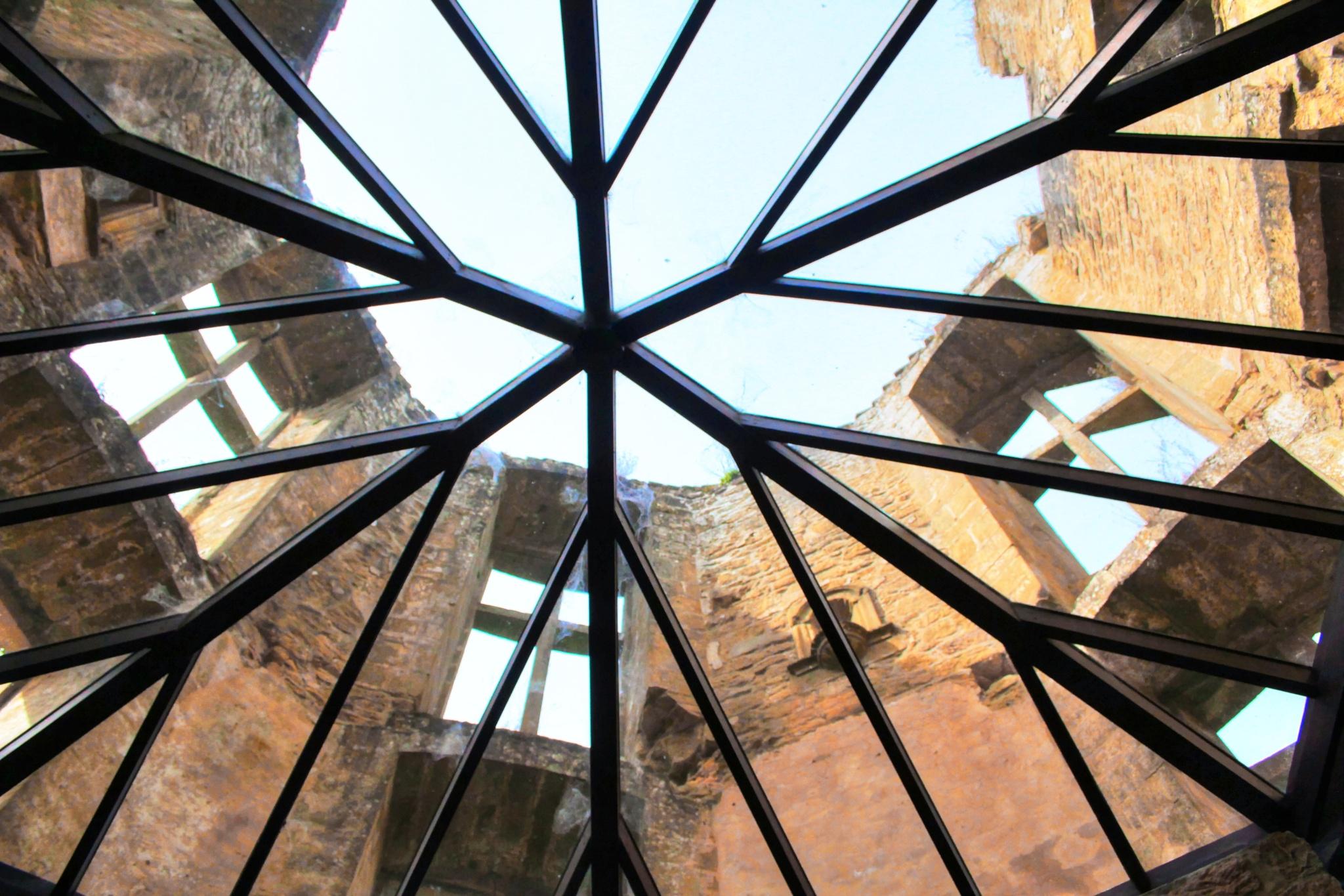 Castle open roof  by Theo Tellings