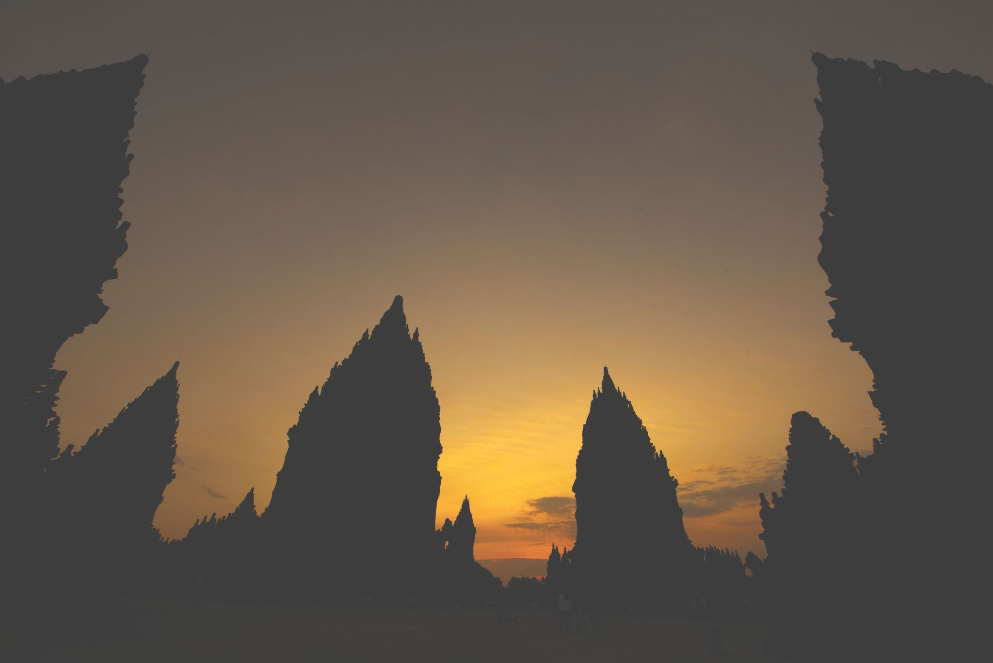 Prambanan Temple, Jogjakarta by eddylowck