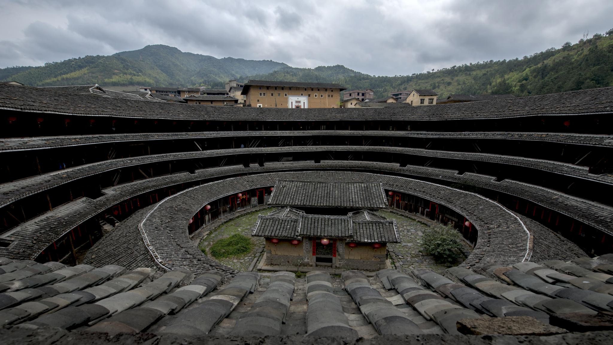 Inside view of  Tulou House ( UNESCO ) by eddylowck