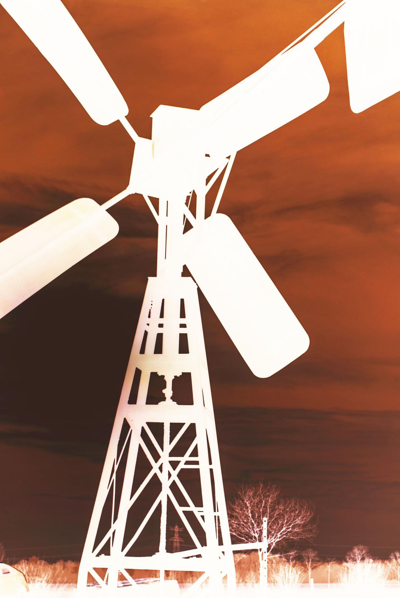 Windmill by Petra van Gend