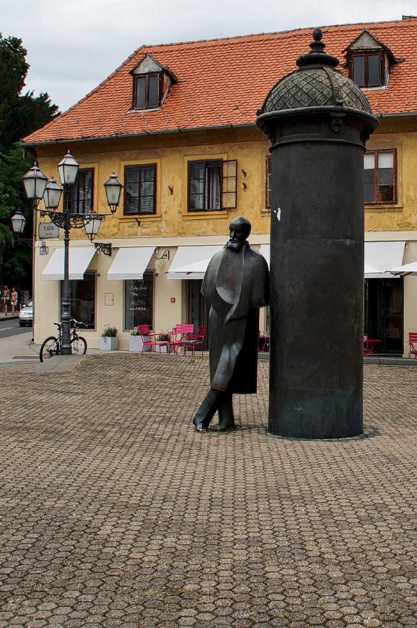 Zagreb by MollerNielsen