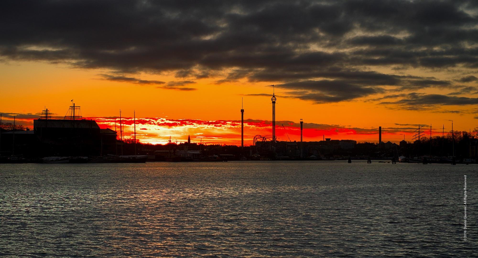 red skyline by Danilo Giannini