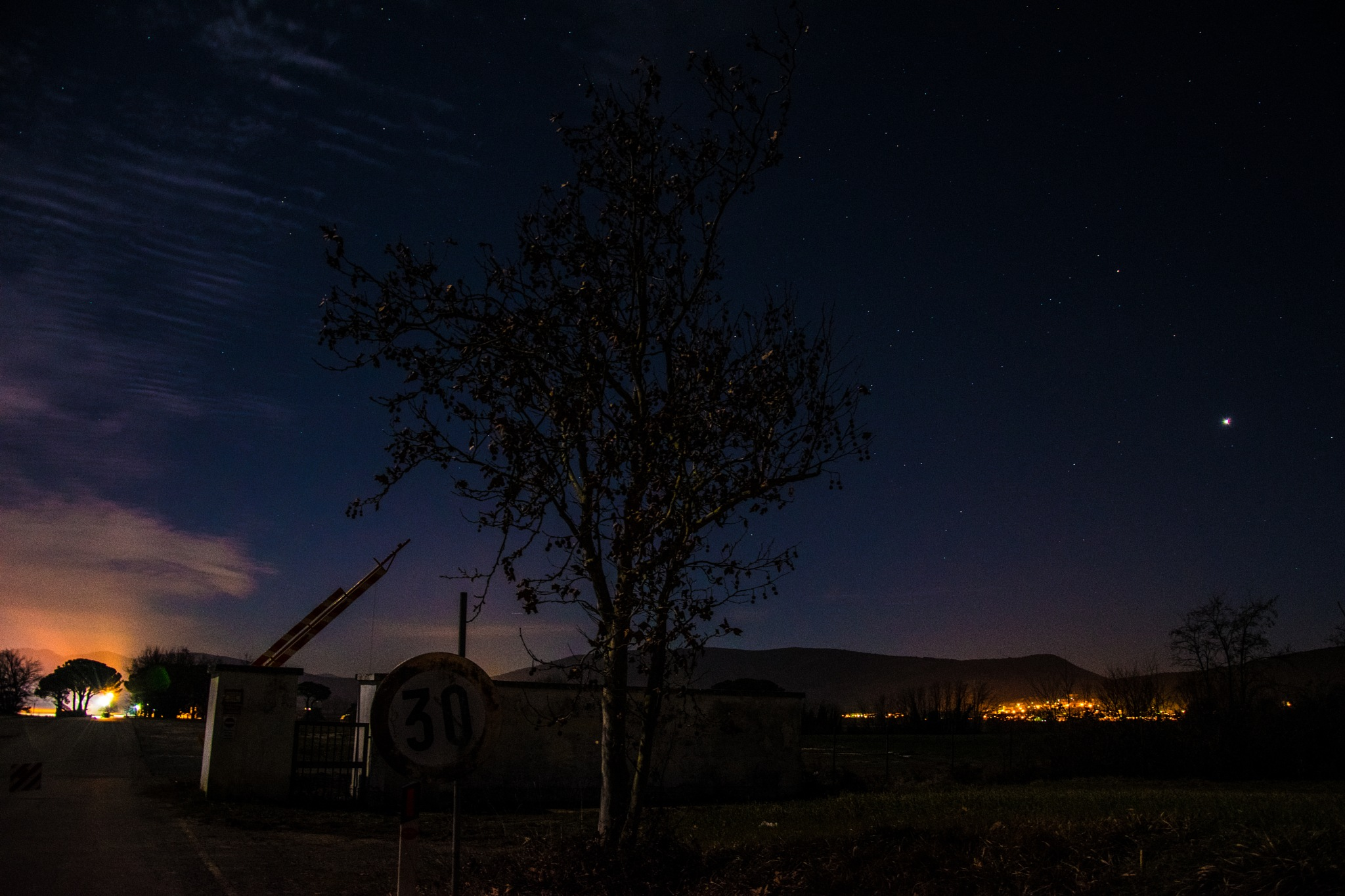 Goodnight  by CrisPhotoLive