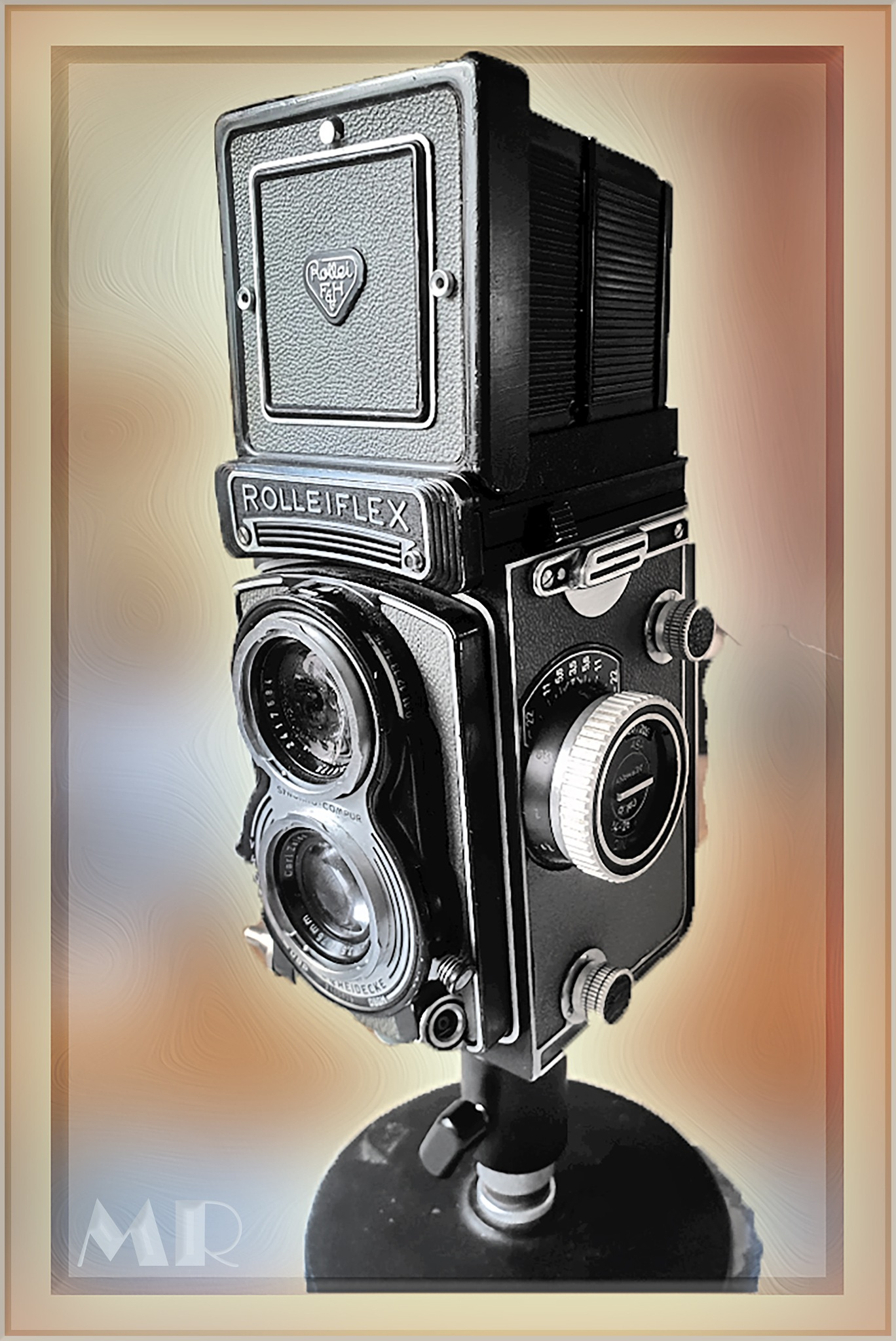 The Rolleiflex T2 by Mikael Rennerhorn