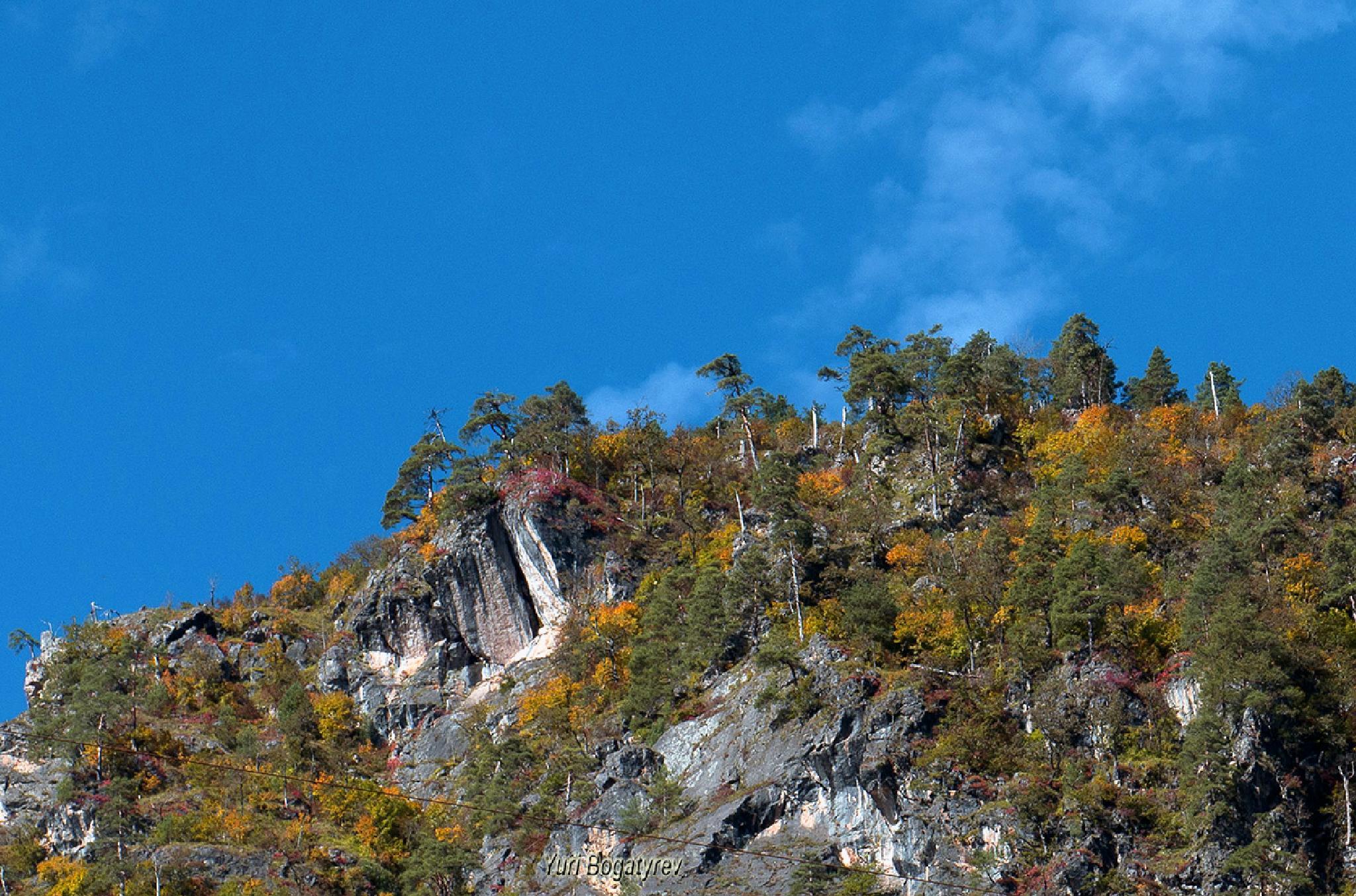 Высоко в горах. by Юрий Богатырев