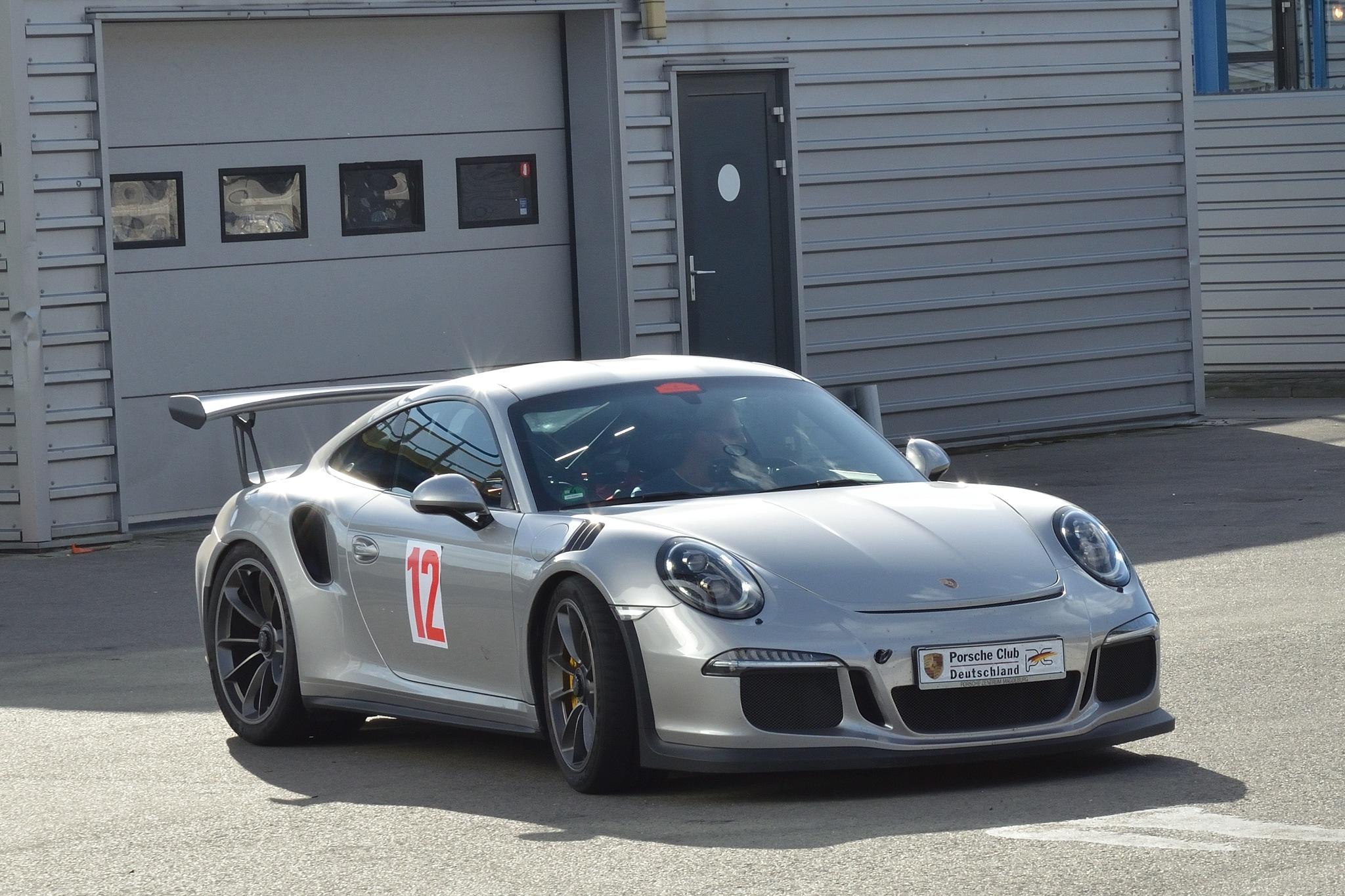 Porsche GT3 RS  by Henk Meima