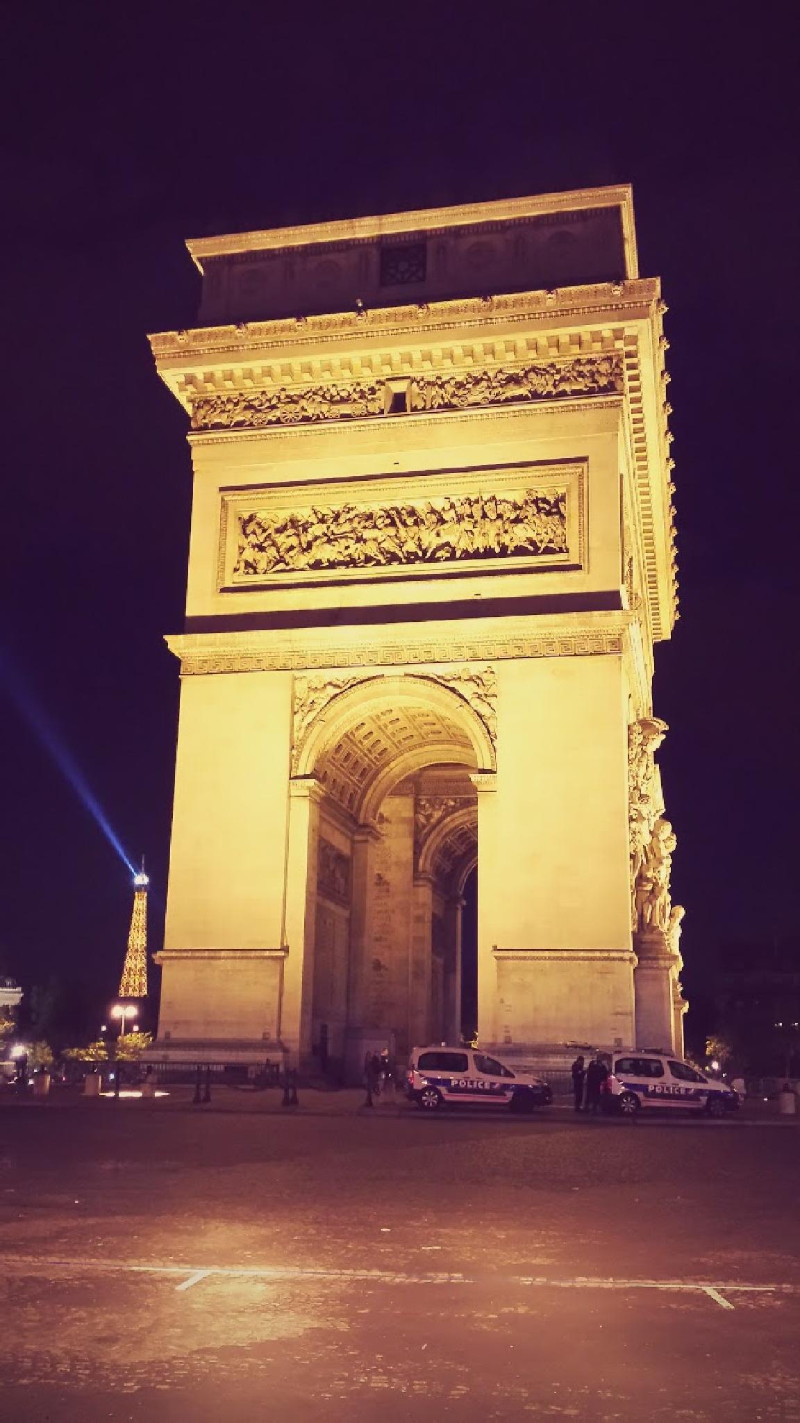 Champs-Élysées, Paris, France by Jamie Pezone