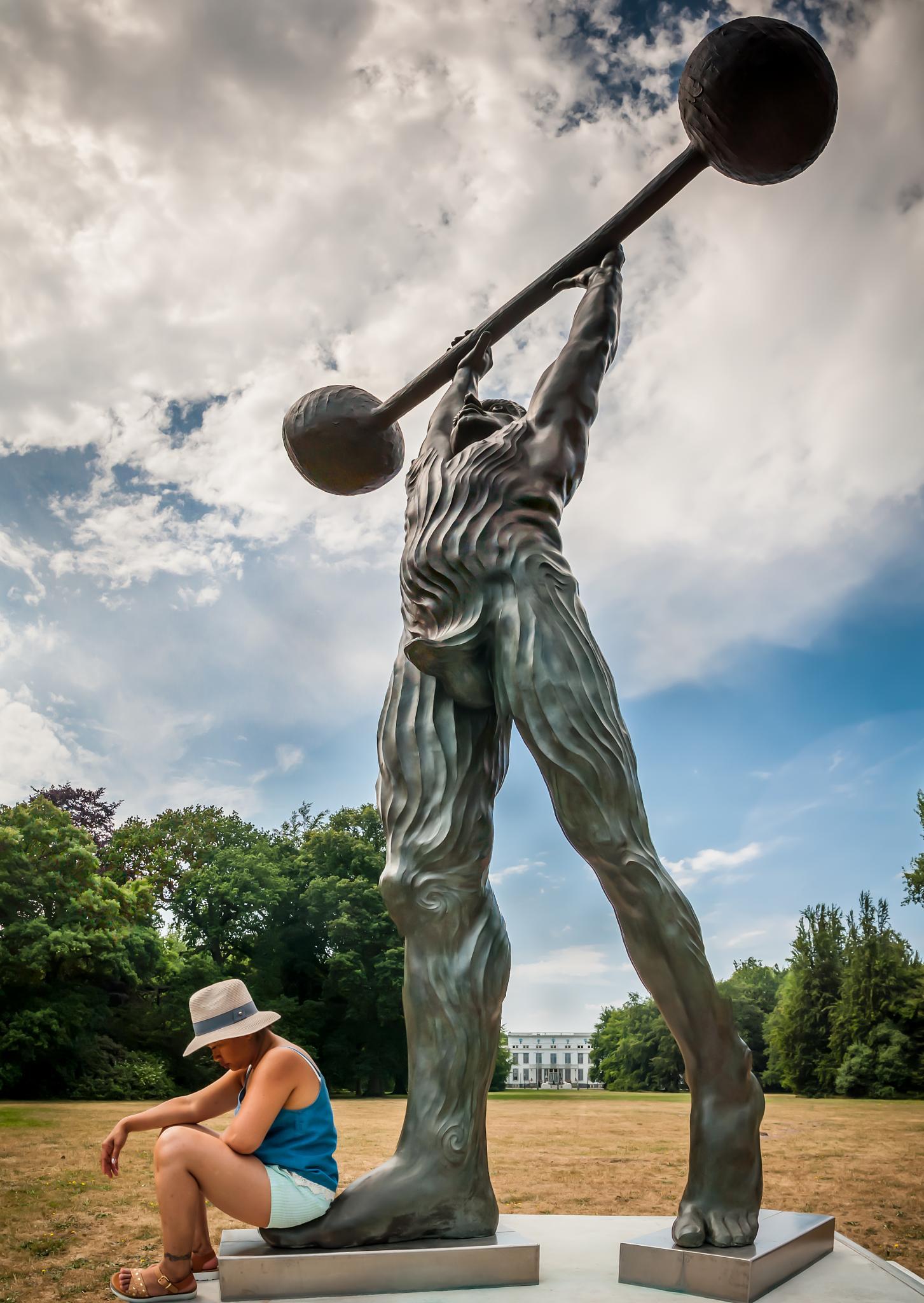 Chill @ statue @ Wassenaar by Walter Stoffers