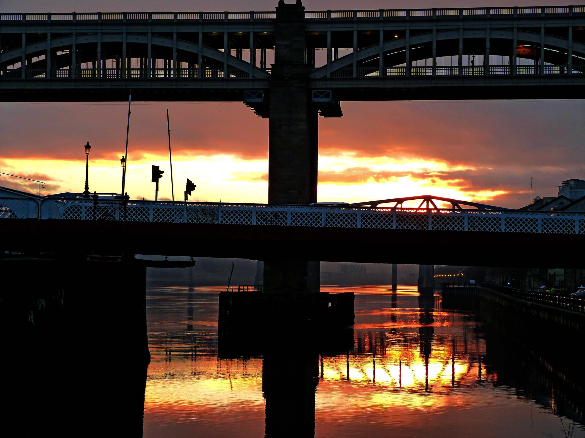 Sunset on the River Tyne Newcastle by Darren Turner