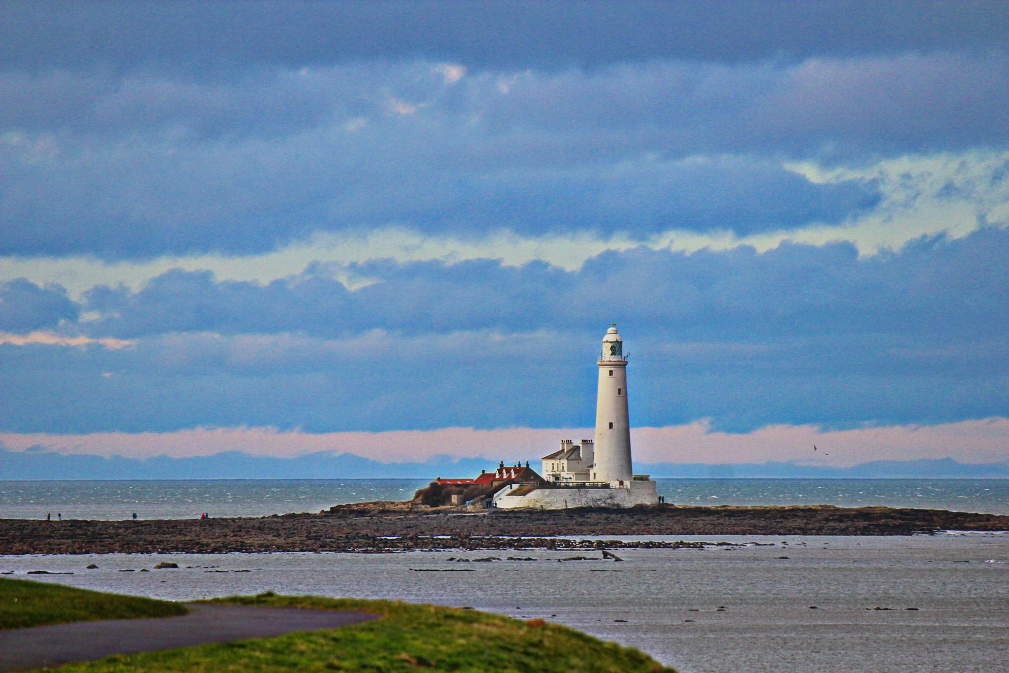 St Marys lighthouse Whitley Bay by mandy.norris