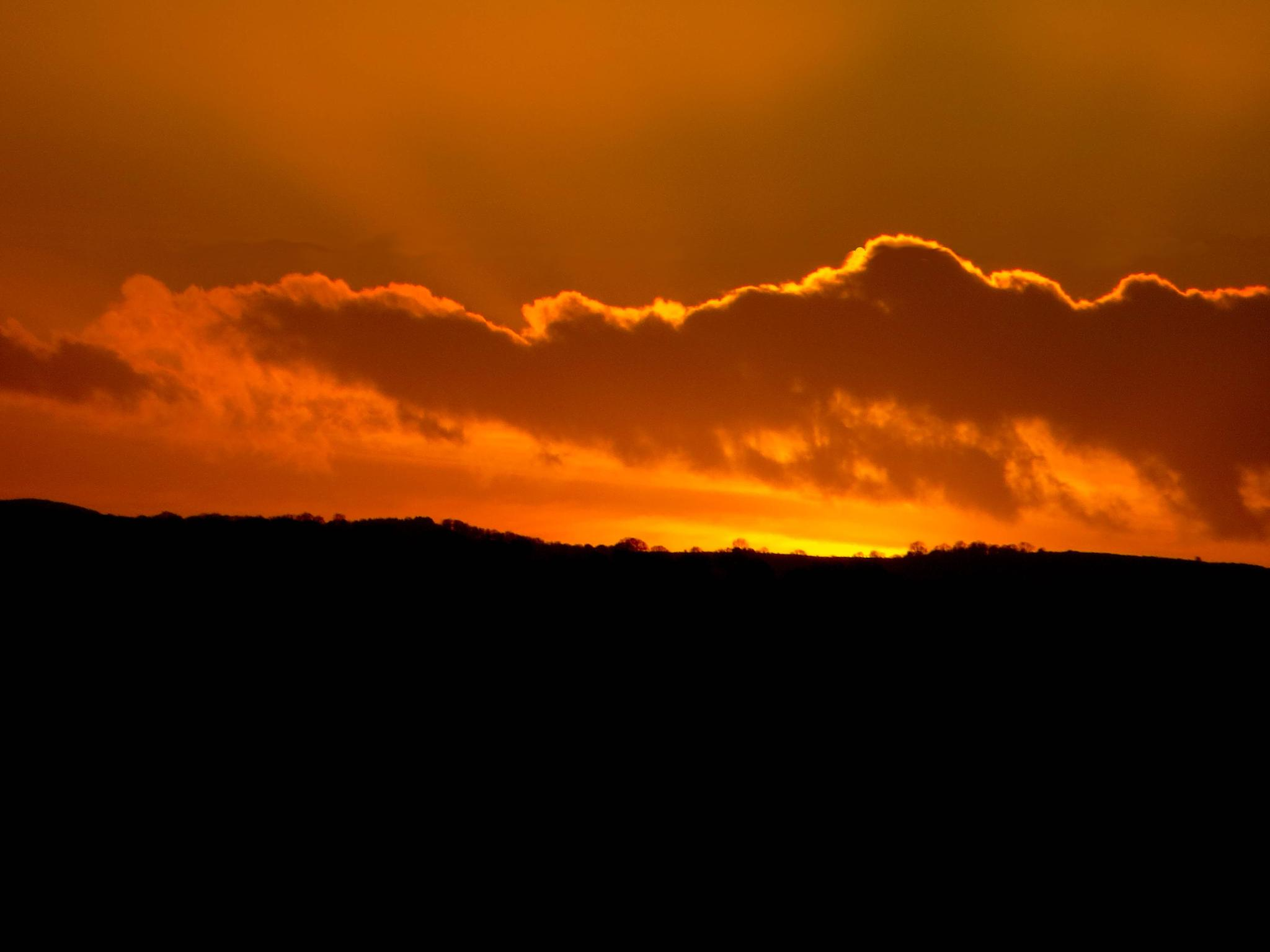 Welsh Sunset by SharonD