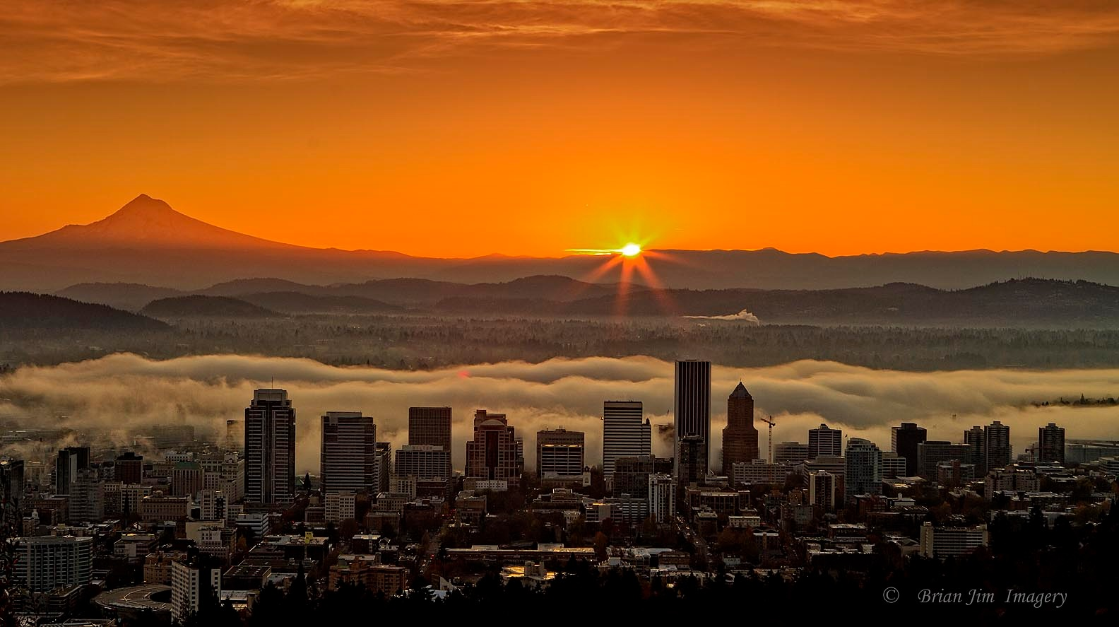 Sunrise in Portland, Oregon  11/4/2016 by shooter4U