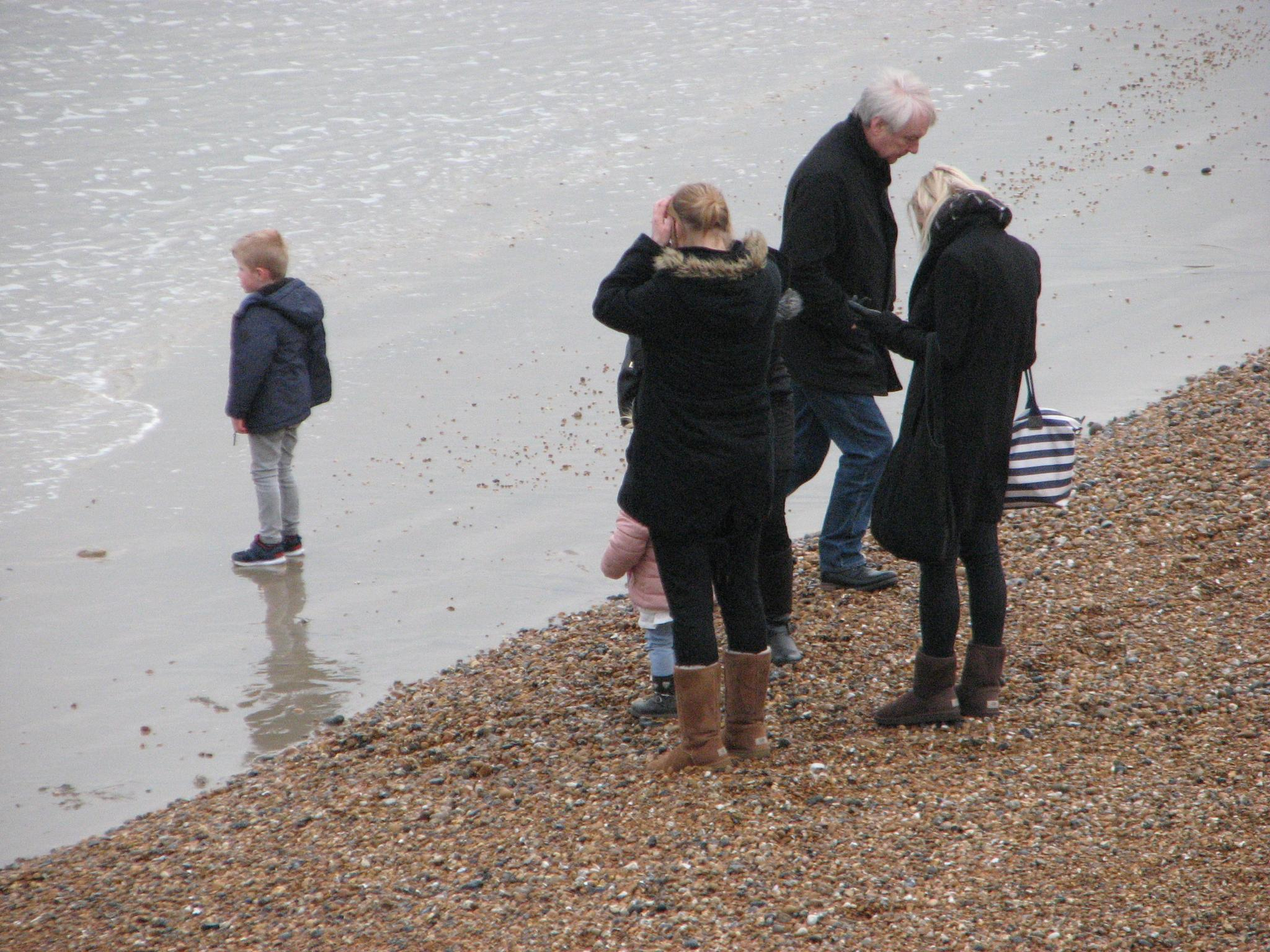 FAMILY DAY BY THE SEA by nigel.seldon.1