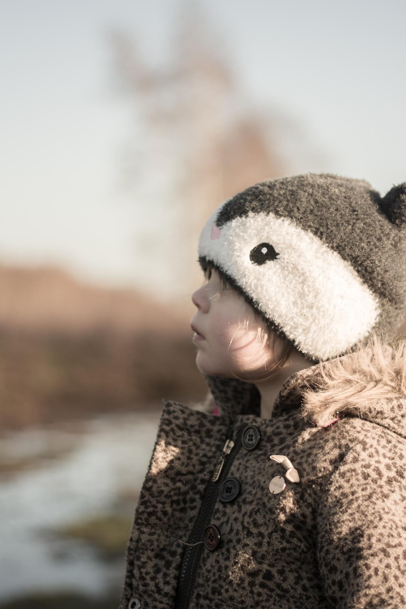 Little girl, cute hat :) by TaraKiekt.nl