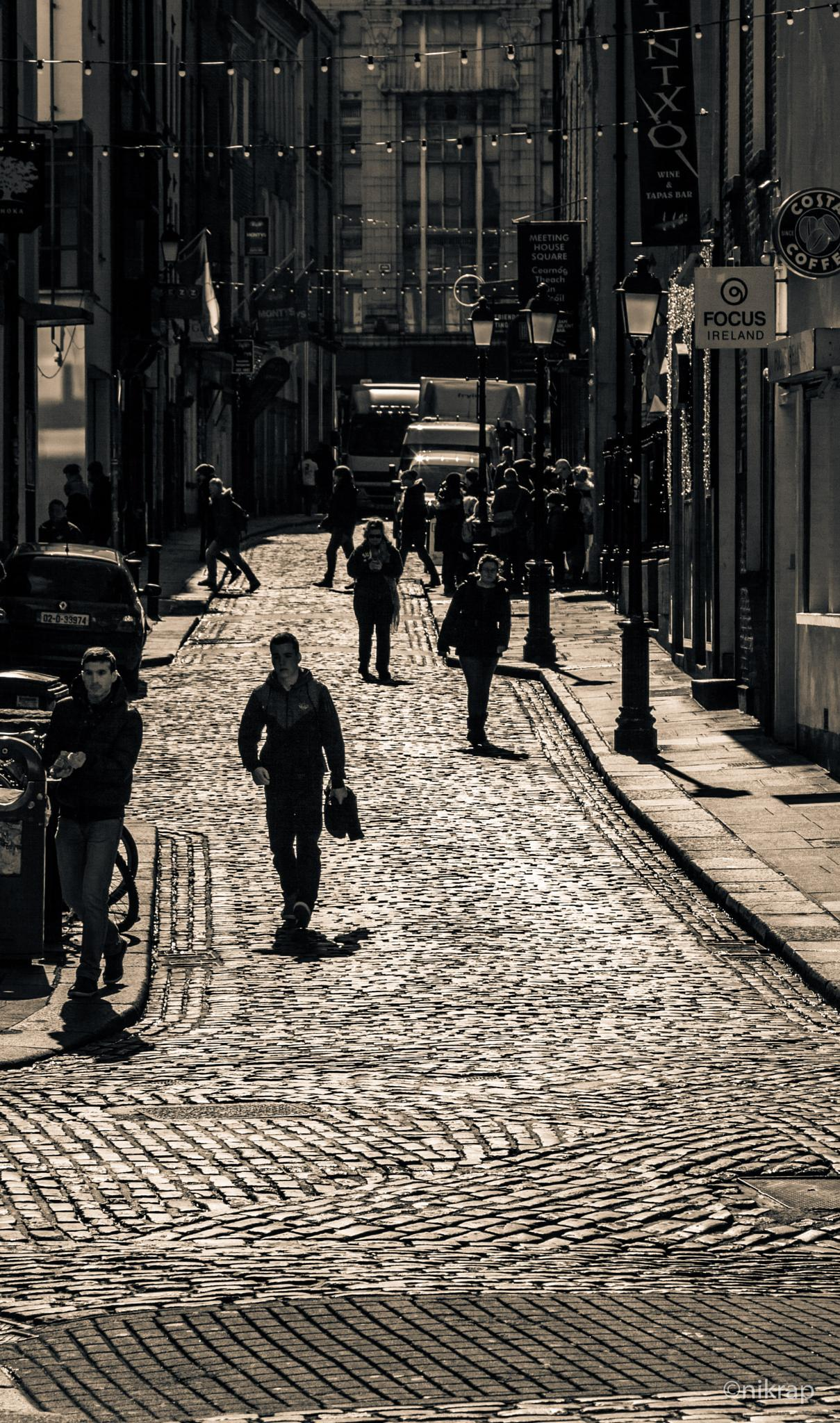 Bright Cobbles by nikrap