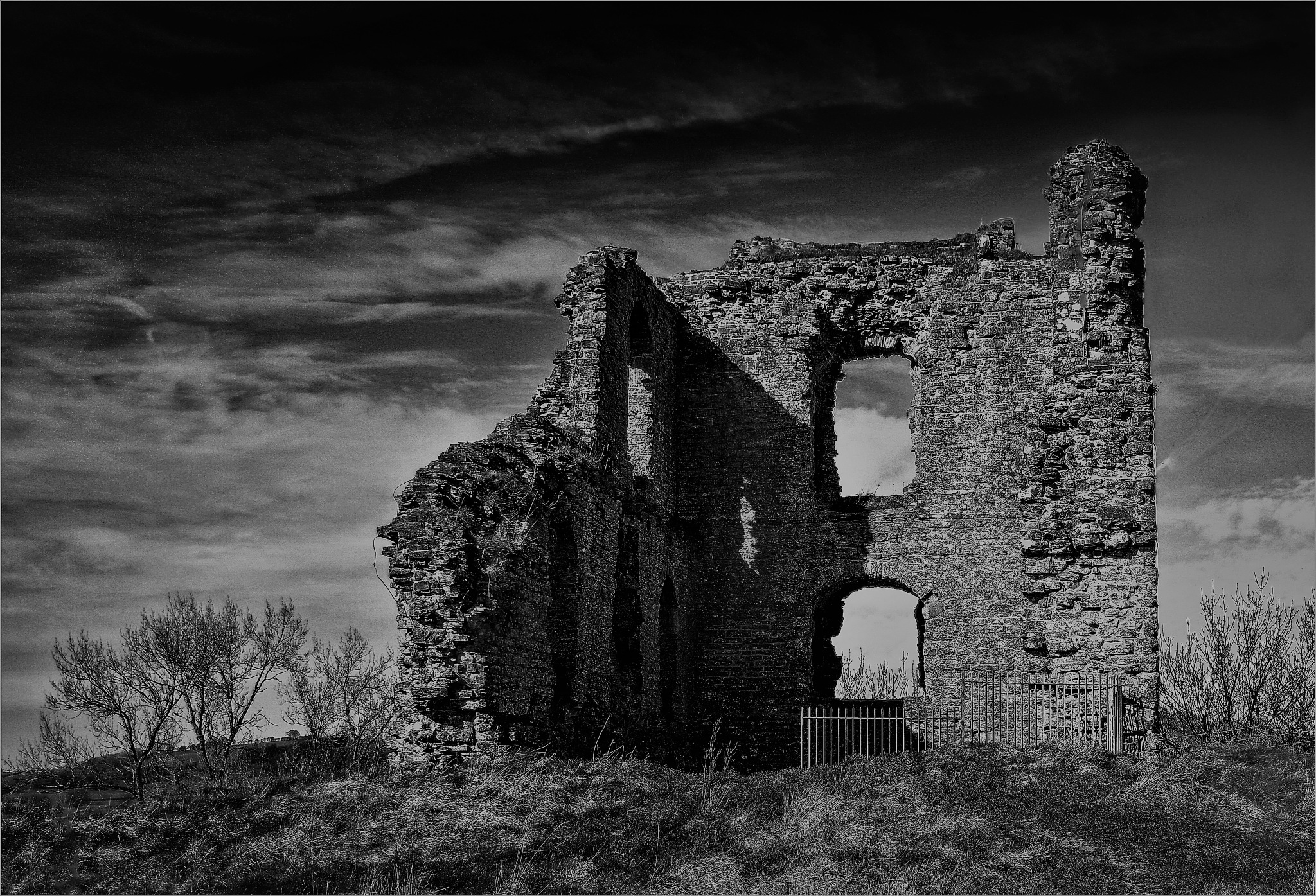 Clun Castle, Shropshire. by RonKelly