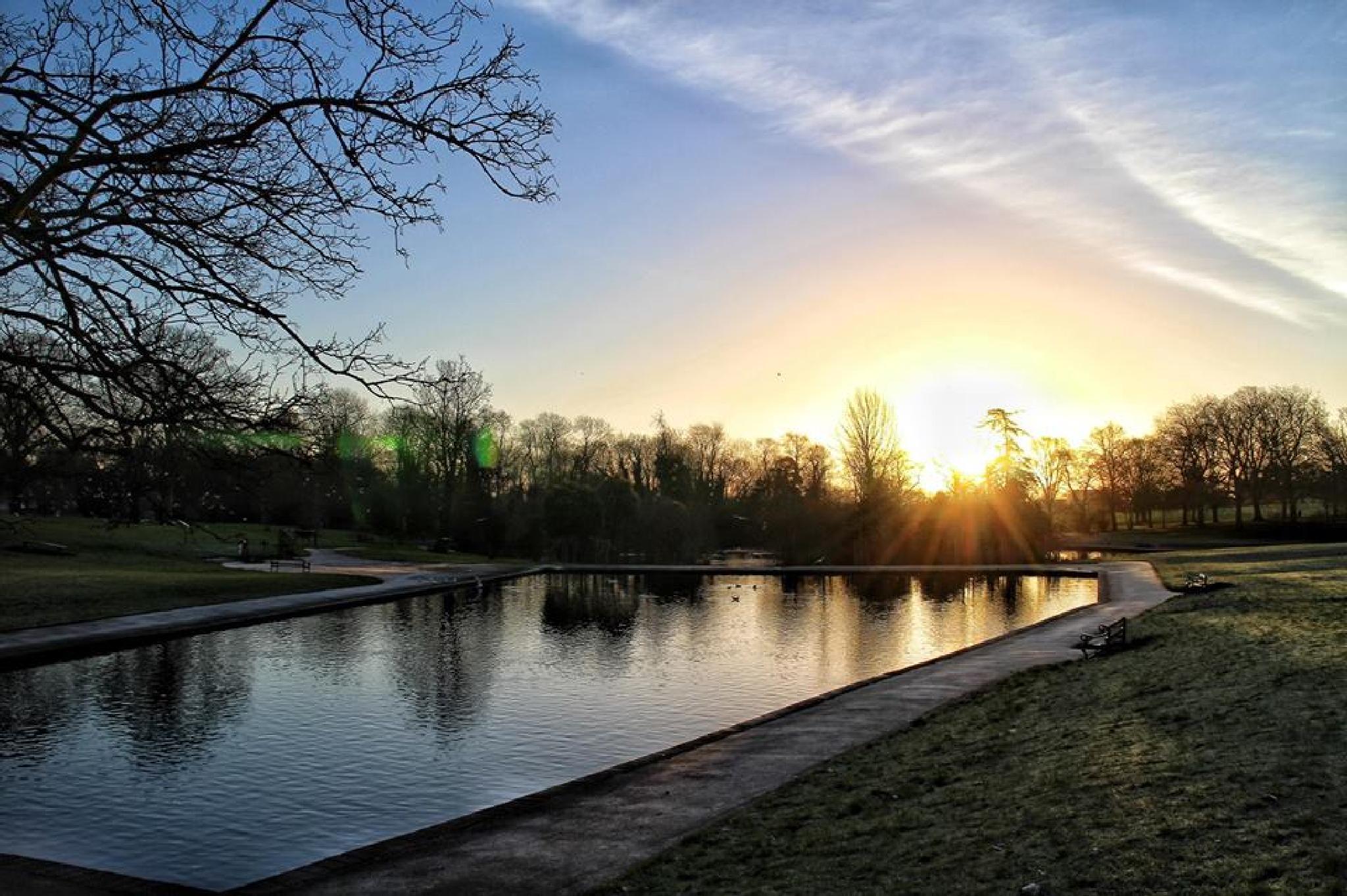 Abington Park  by Luke Barklamb