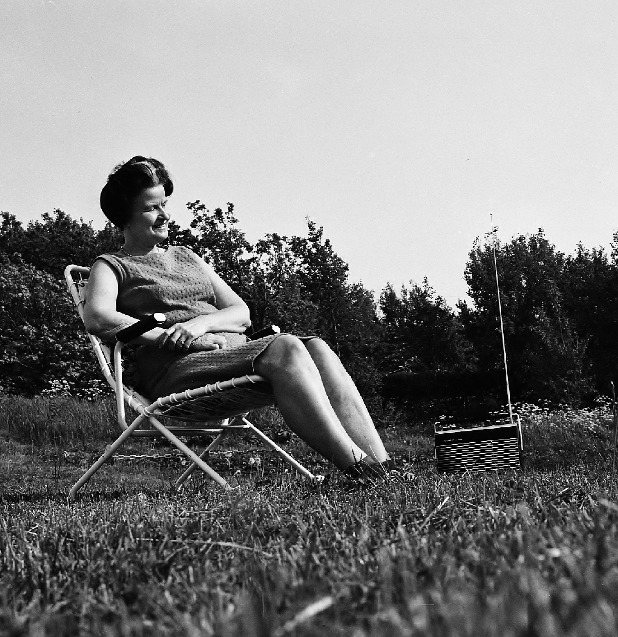 Mother and FM-radio - nostalgia by rolf persson