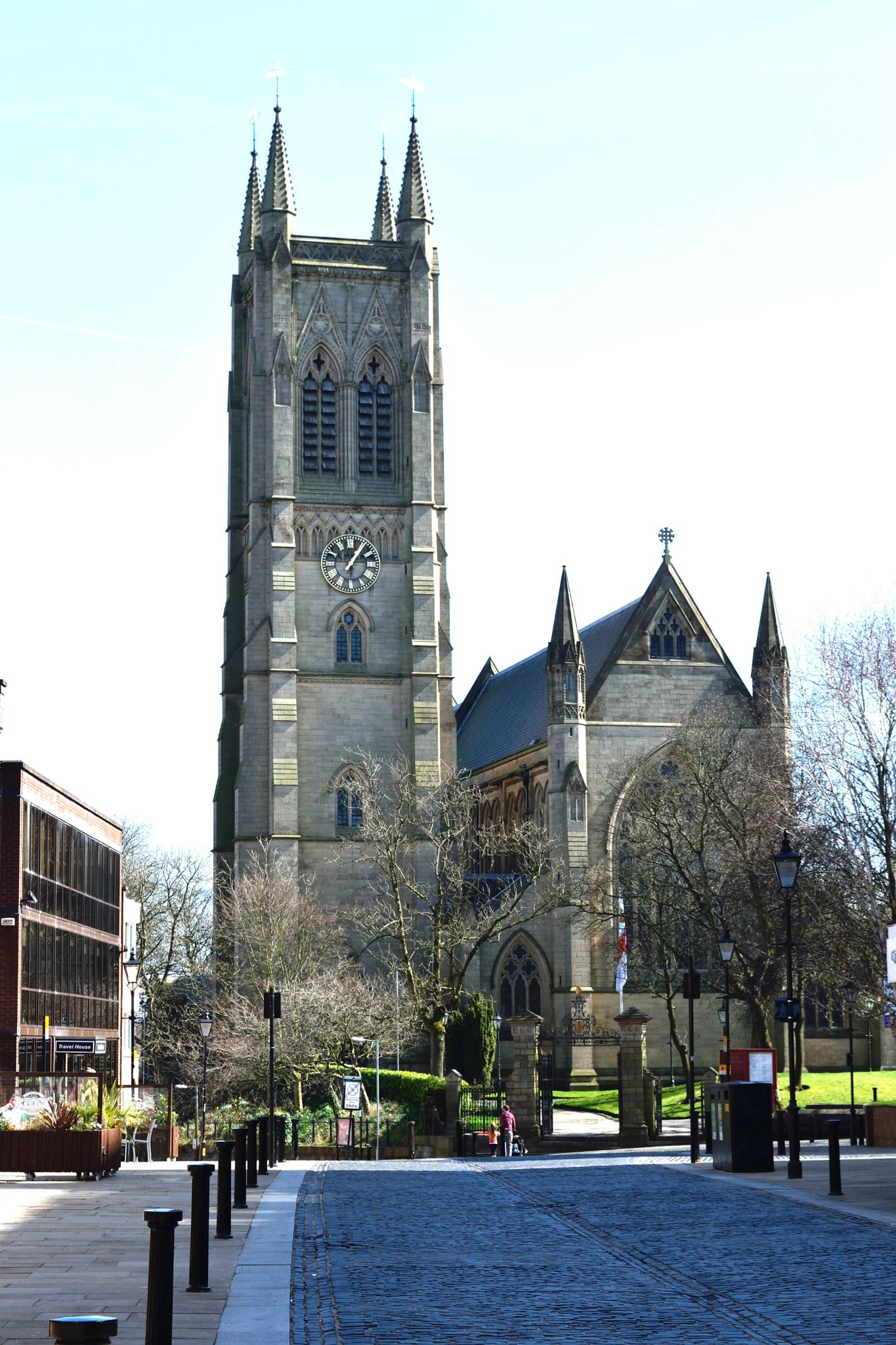 Churchgate, Bolton, and St Peters Church  by GaryMHough