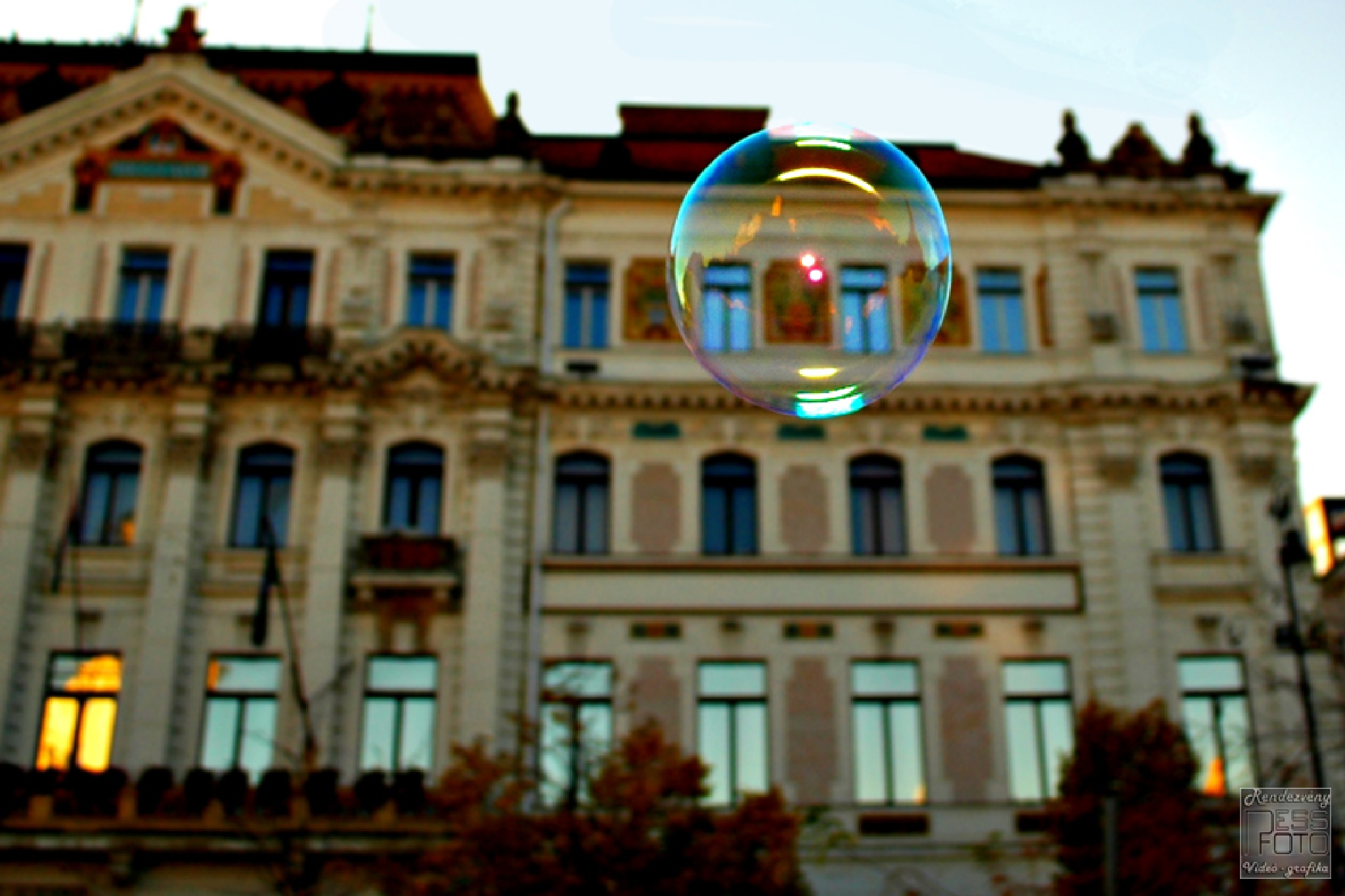 a bubble by Event photo- video