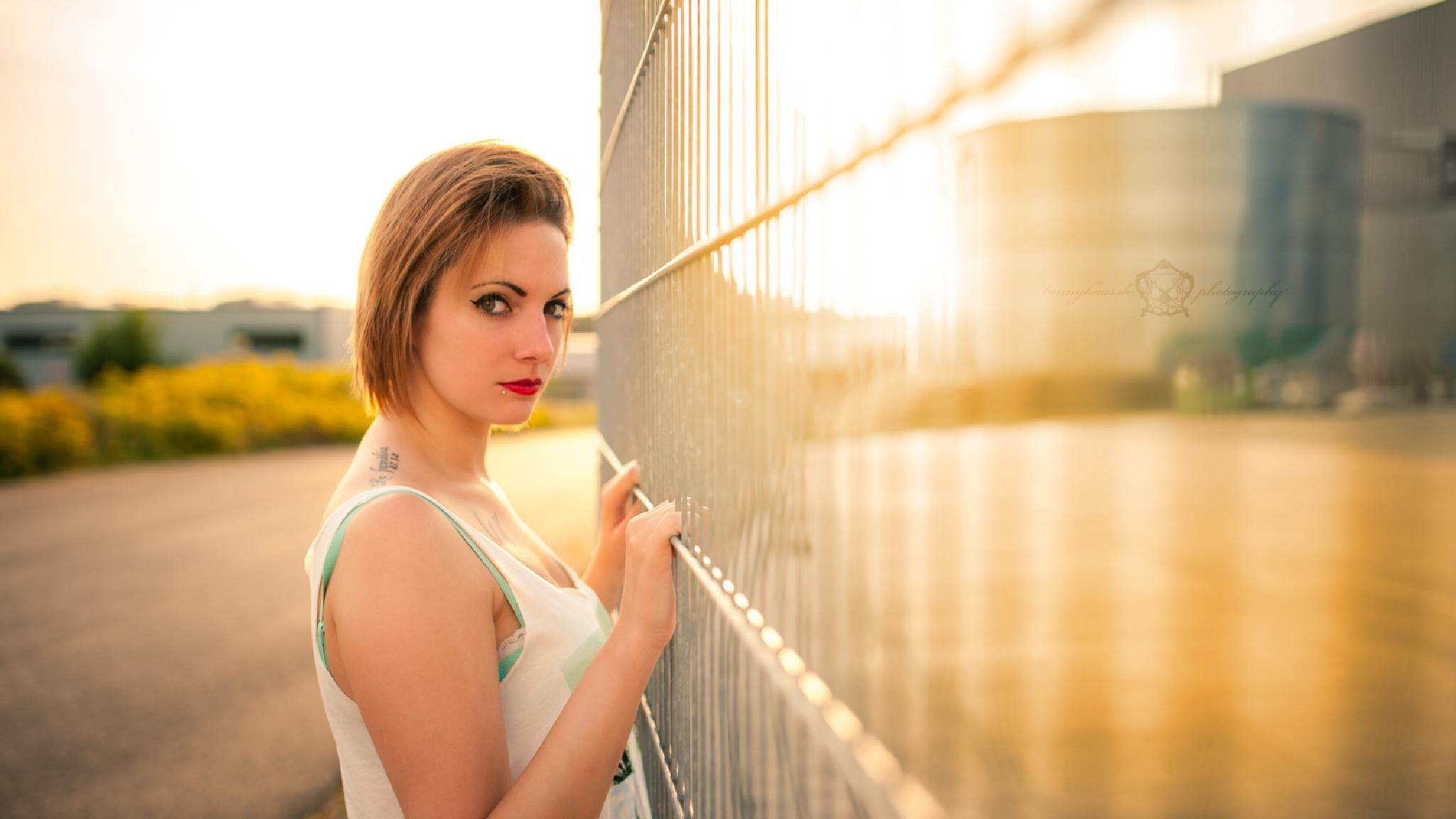 Awesome sunset with Vanessa by Benny Haas