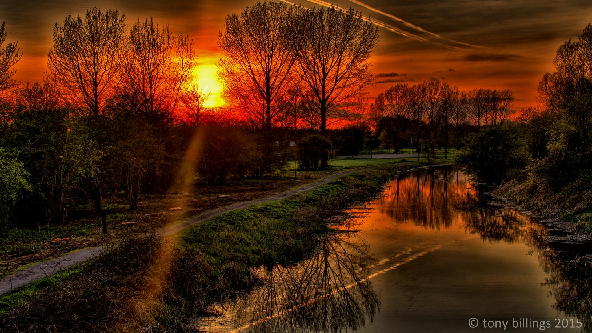 HDR Sunset by tony billings
