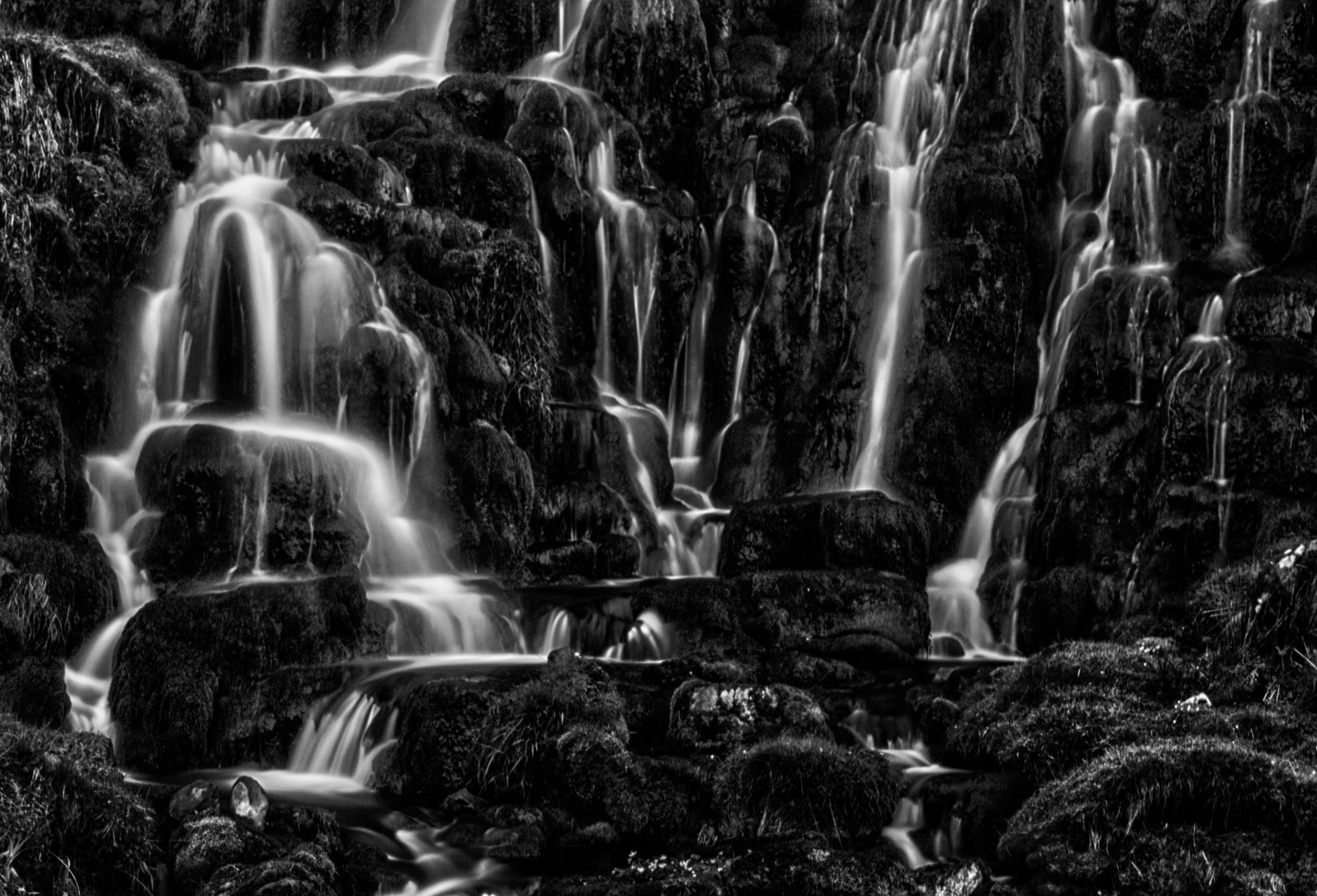 Brides Feil waterfall, Isle of SKye by Hans Koster