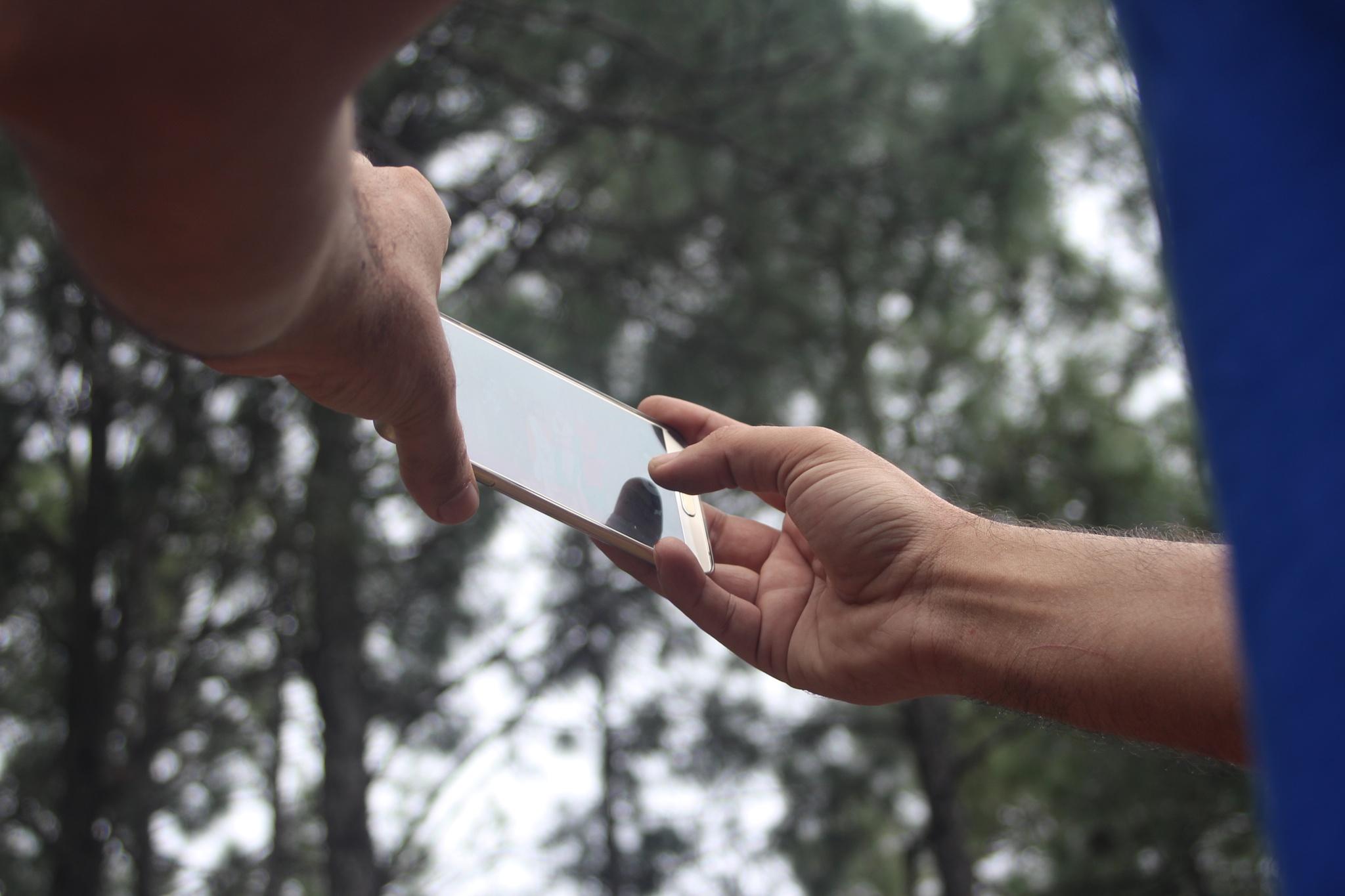 Samsung on hands by Waleed Bin Abdul Malik