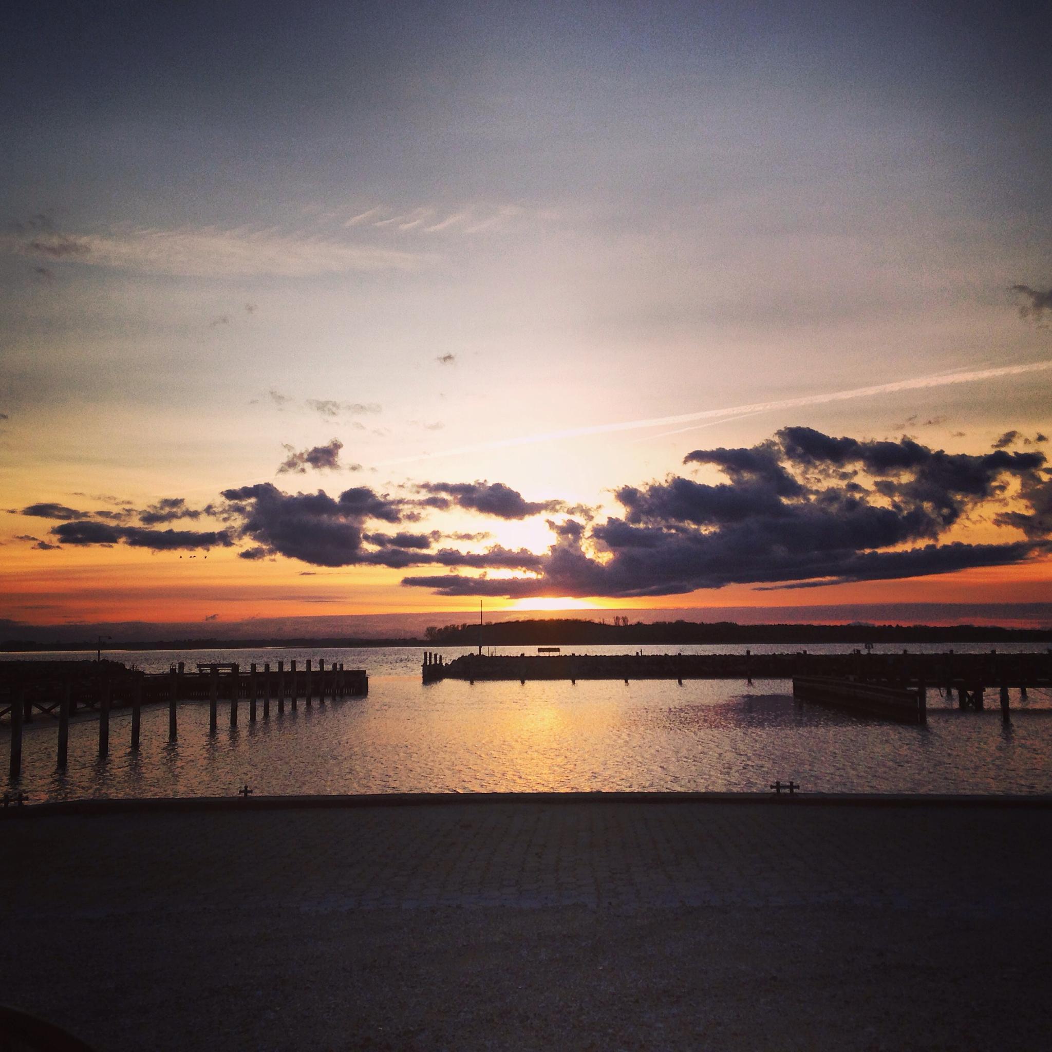 Sunset by nicoleta