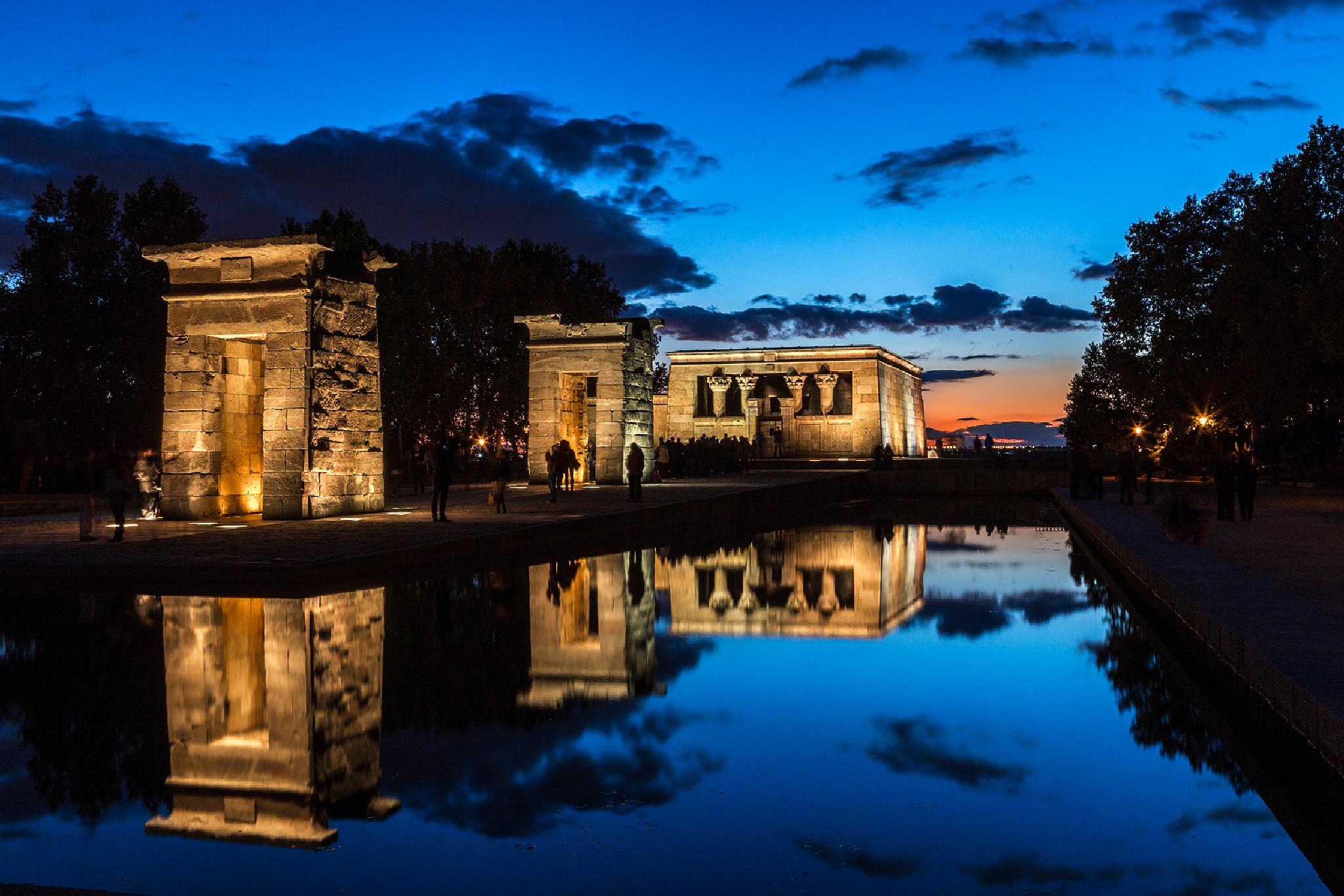 Debod temple. Madrid by Ana Gomez