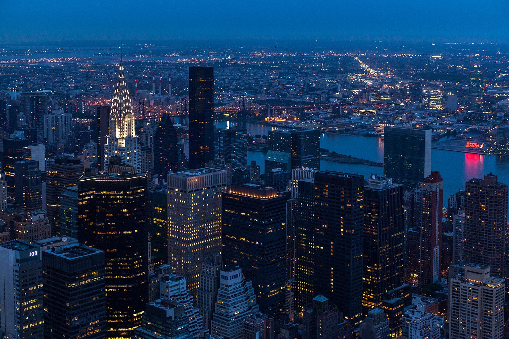 New York at night by Ana Gomez
