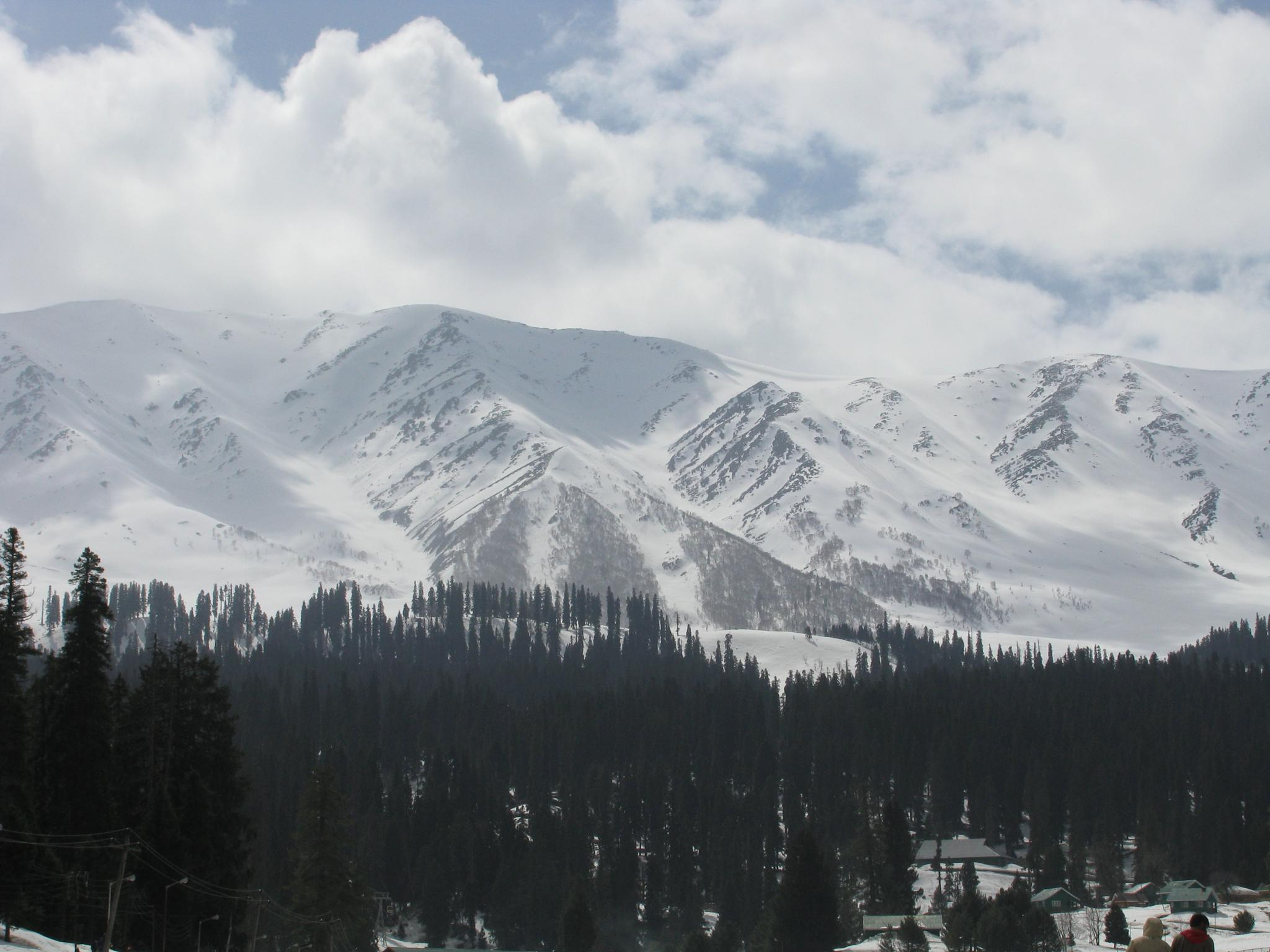 Snow Mountains by Siddhesh Mandlik