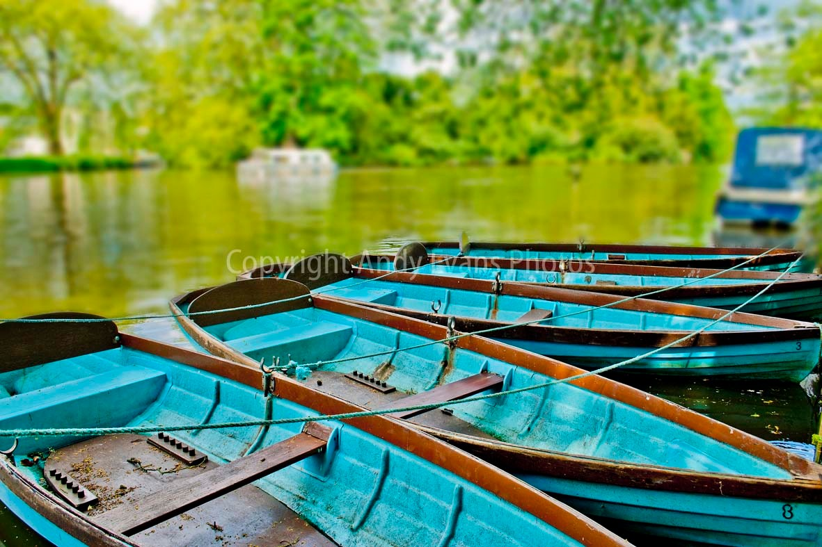 River Thames at Taplow, Buckinghamshire, England by AndyEvans