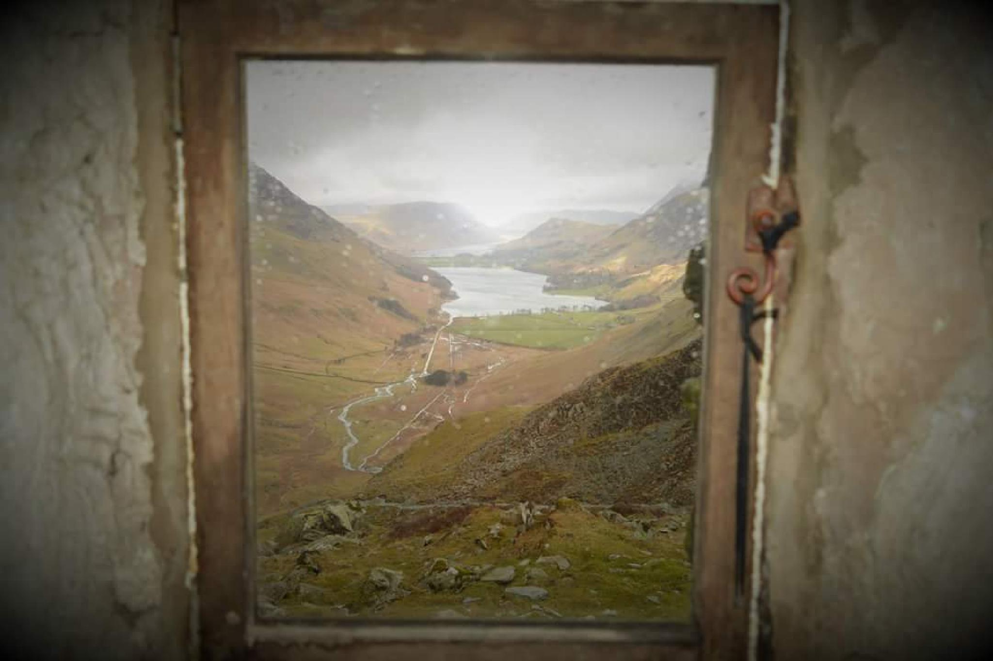 warnscale bothy . what a view by brian.lindsay2