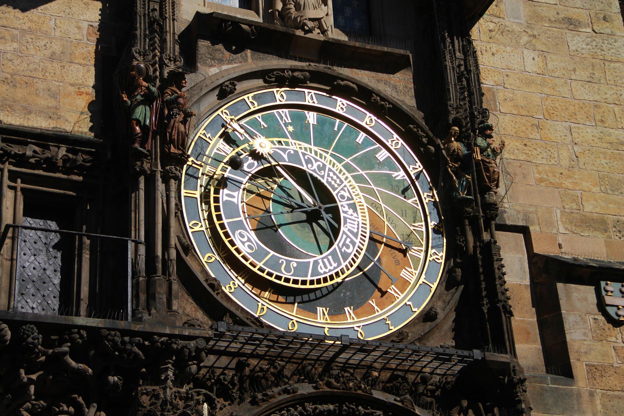 astronomical clock by ichernin