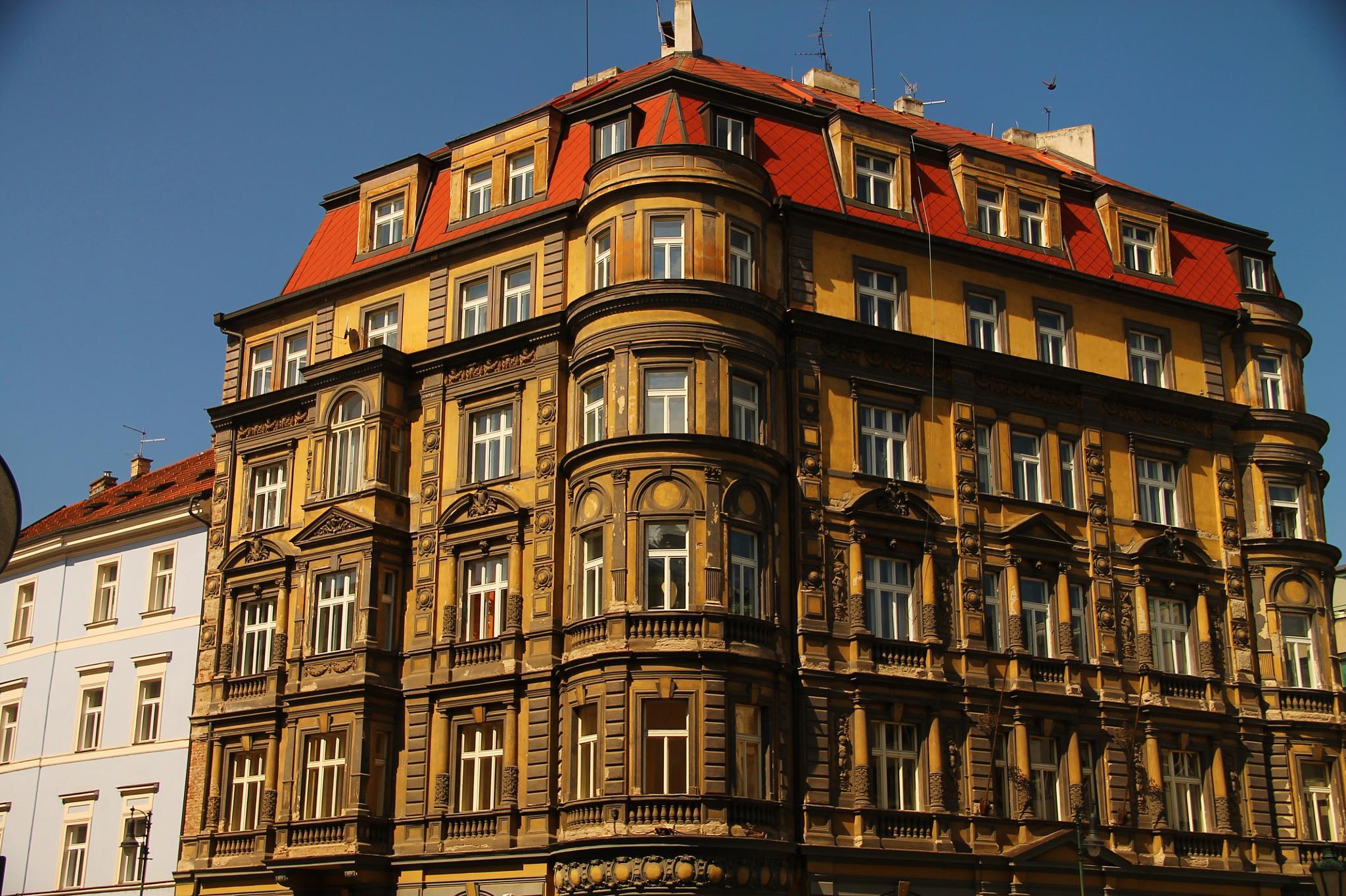 architecture in prague by ichernin