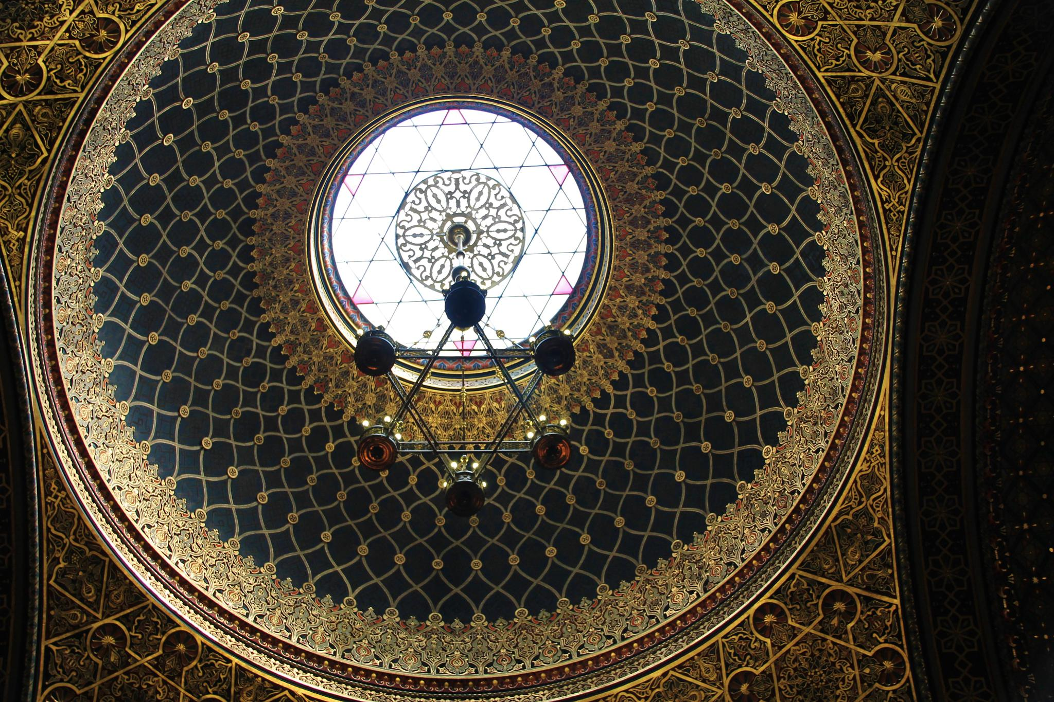 dome of the spanish synagogue by ichernin