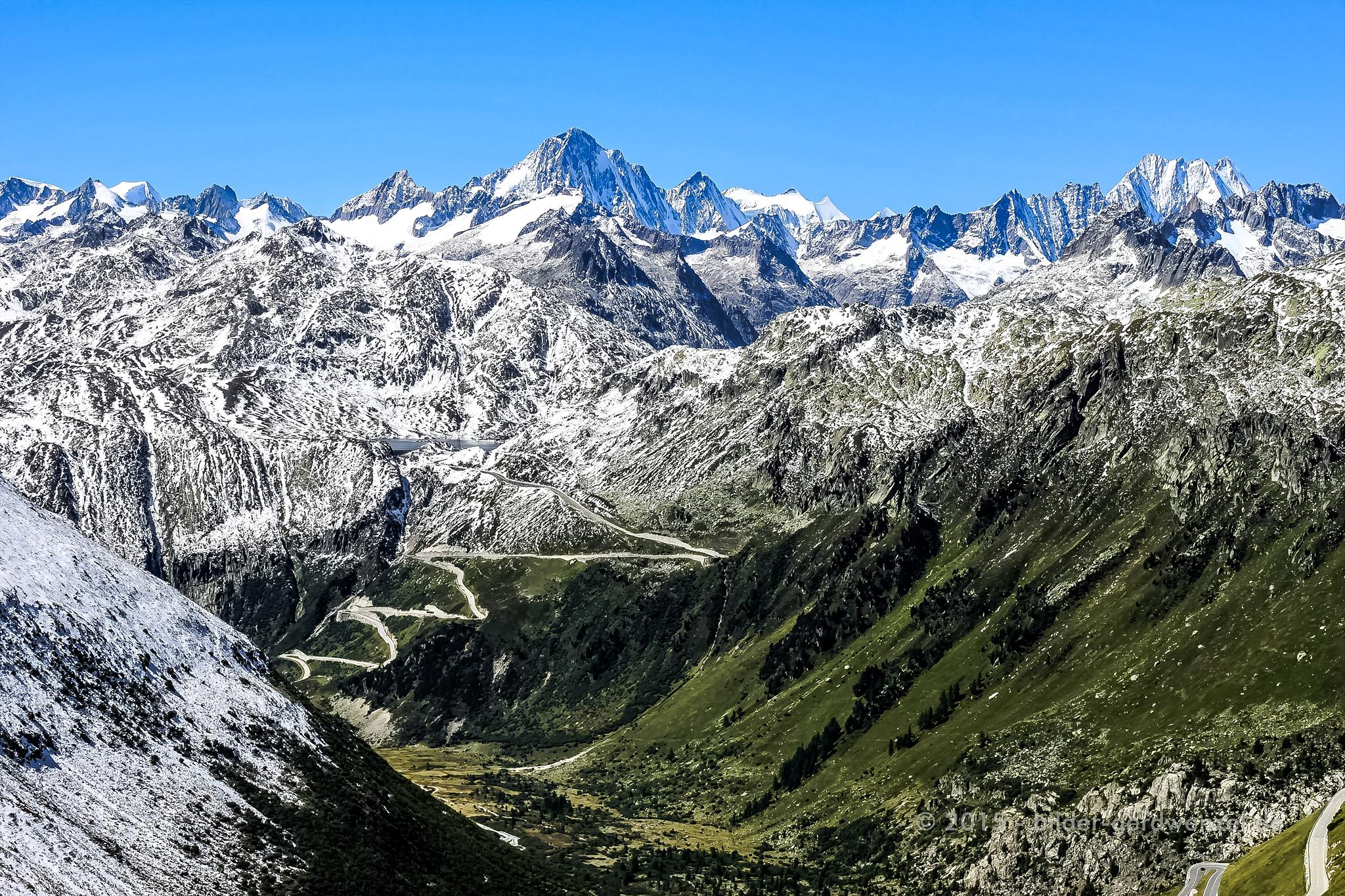 valley View by Gerd Wenzel
