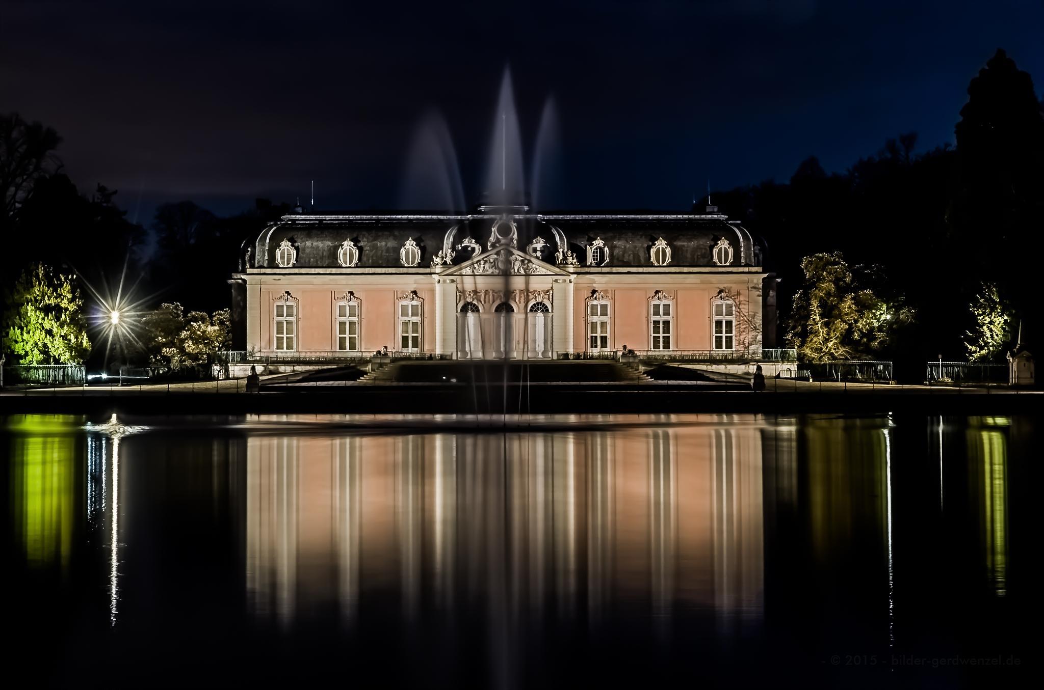 Schloss Benrath by Gerd Wenzel