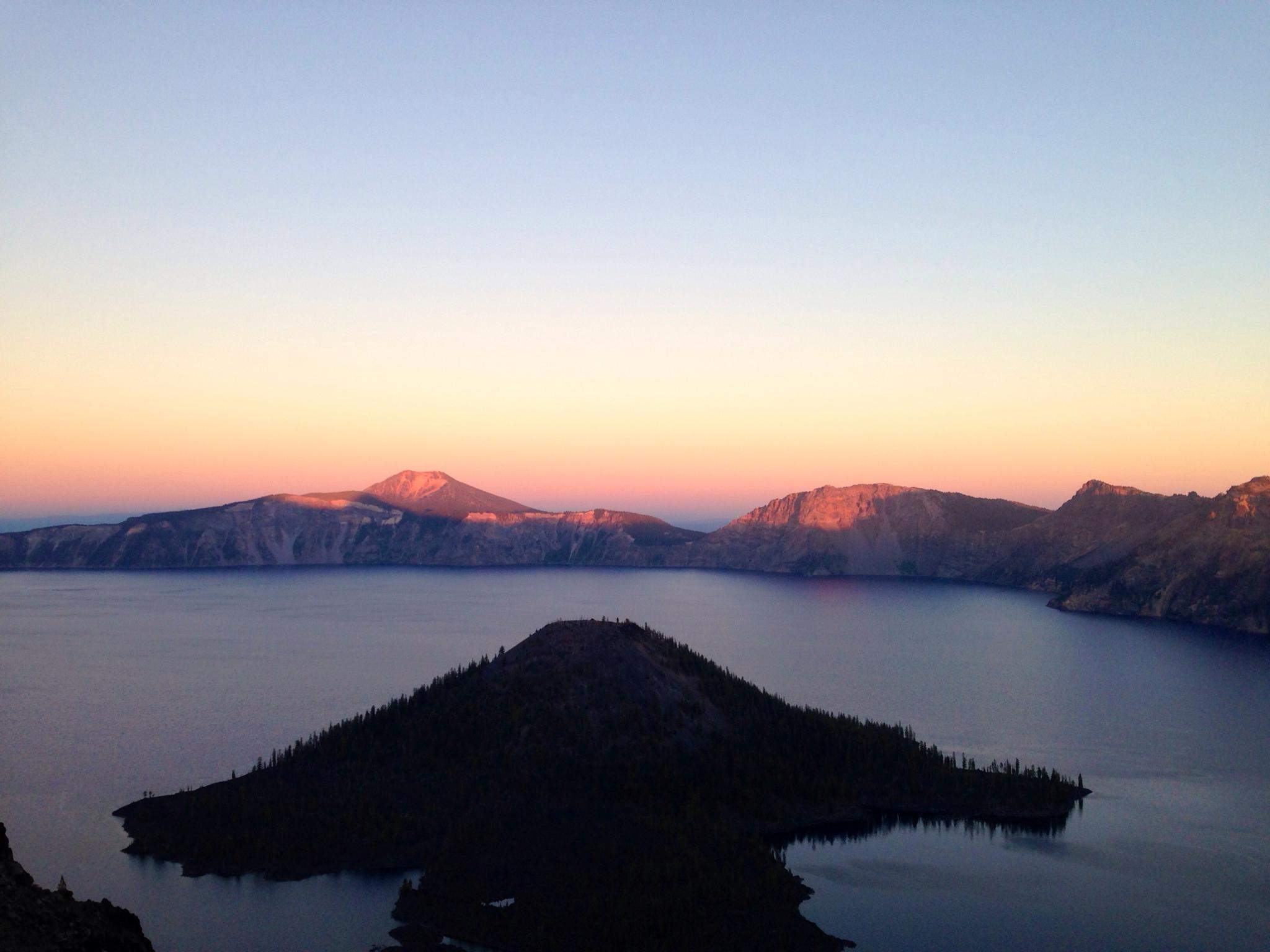 Sunset at Crater Lake  by RockyTopSkiBum