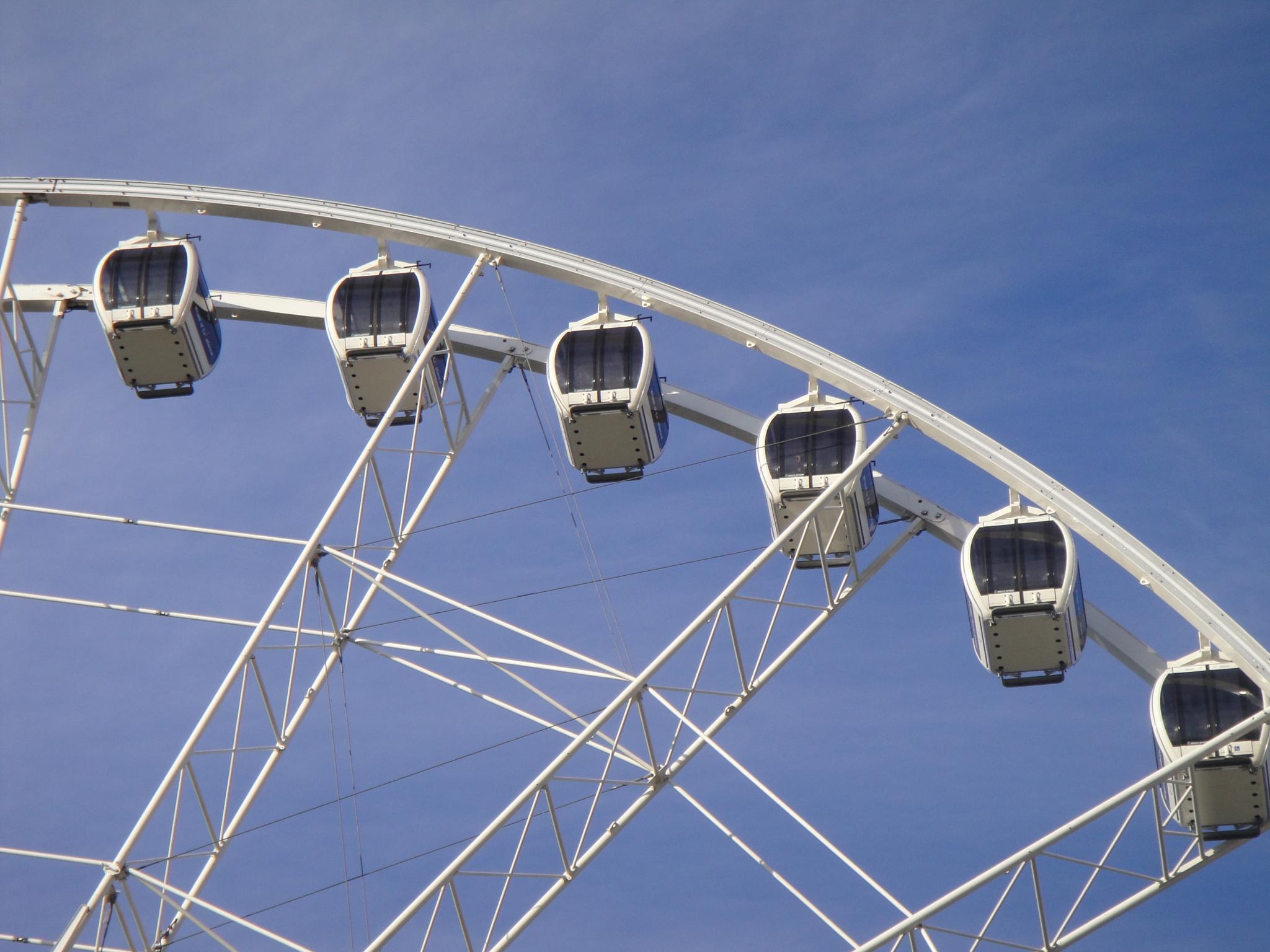 Ferris wheel at Hyde Park Winter Wonderland by MissXavierBurgess