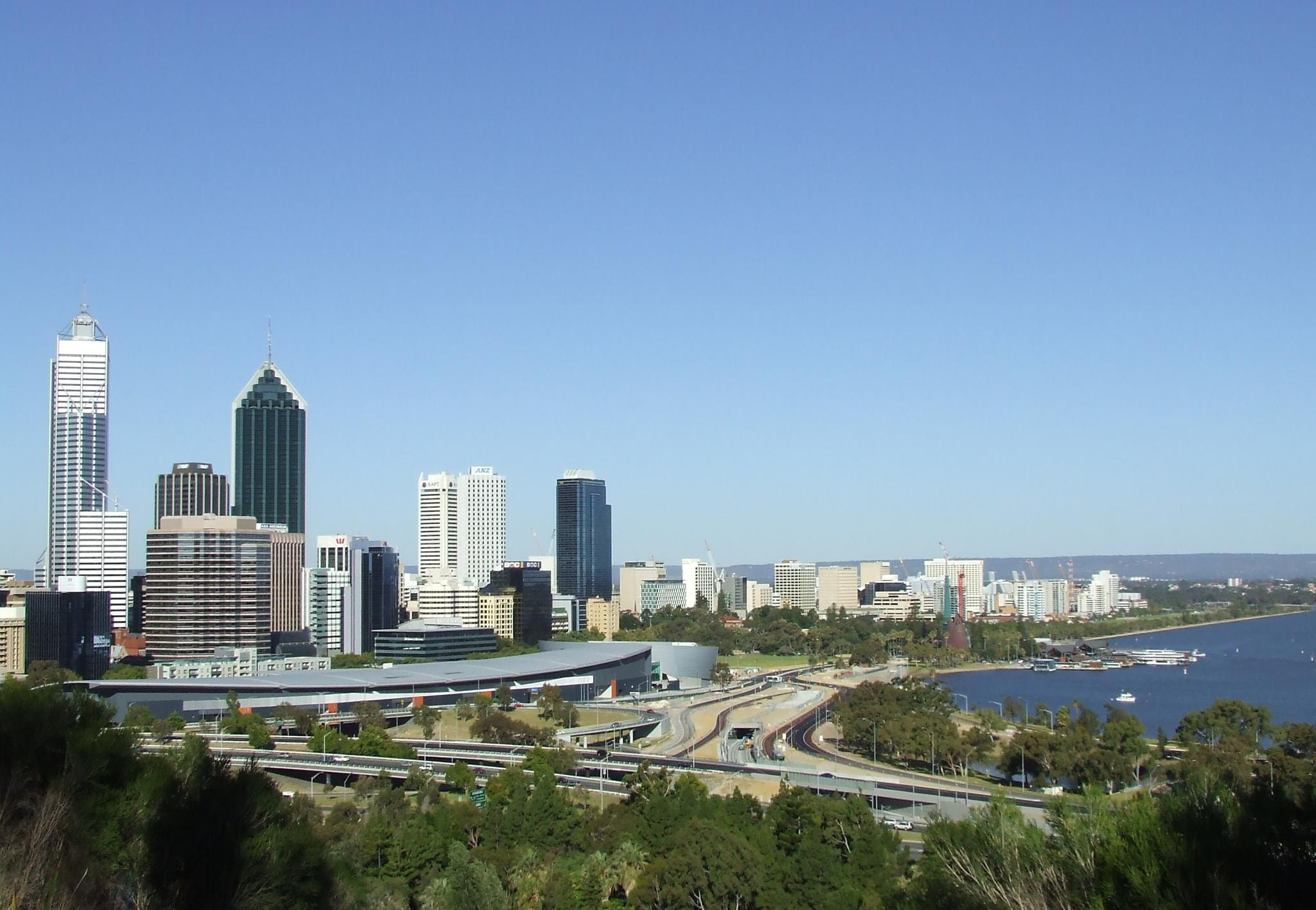 Overlooking Perth from Kings Park by Zoid359WA