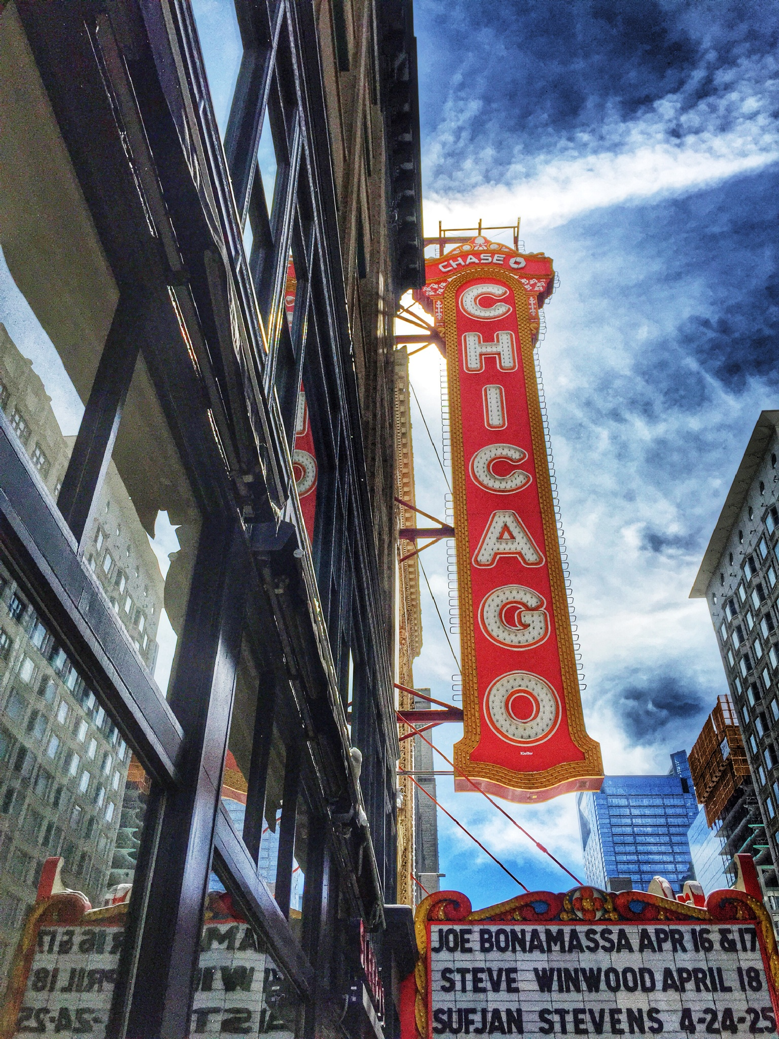 The Chicago Theater  by rickferris