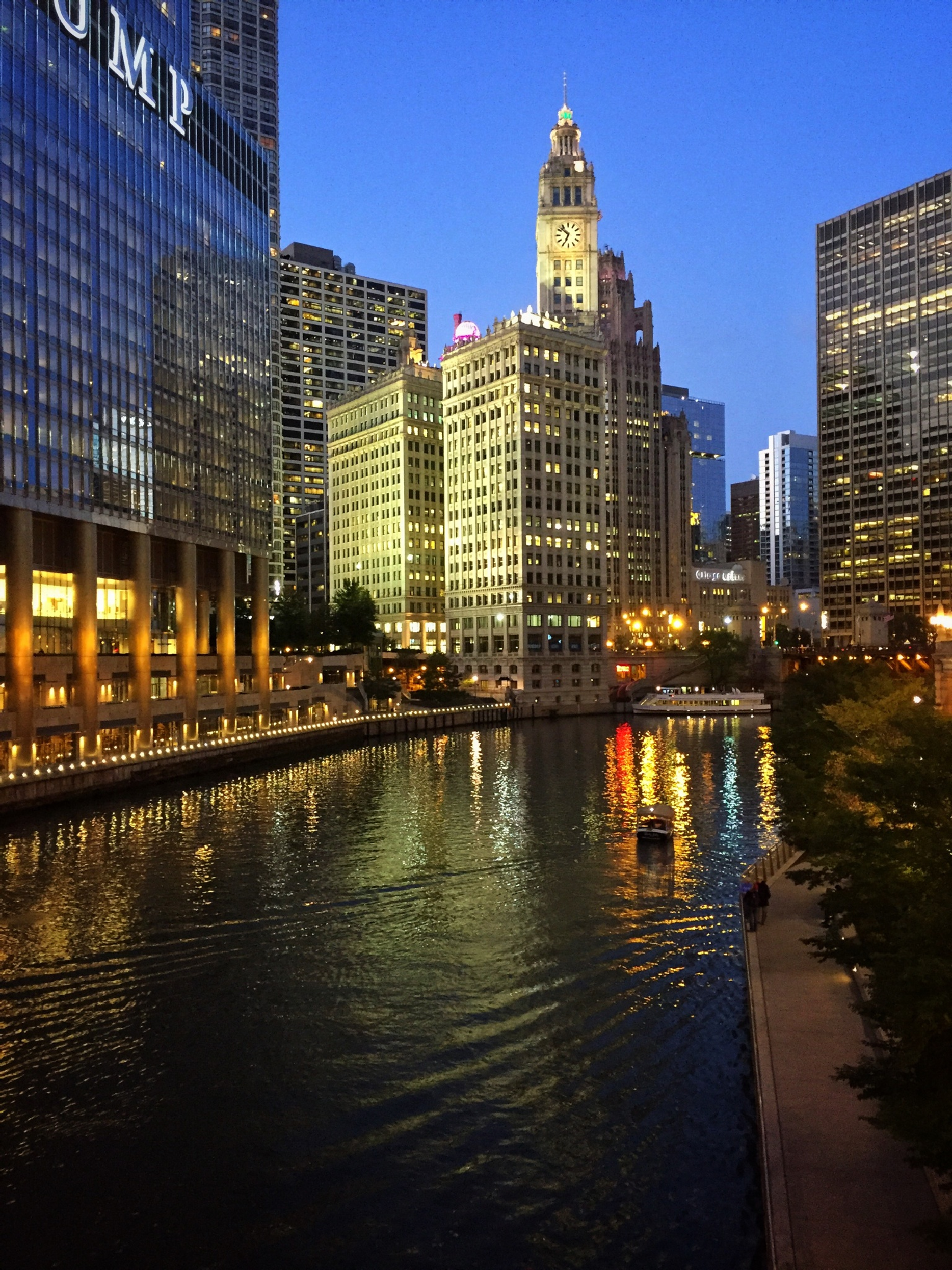 Chicago River at Dusk by rickferris